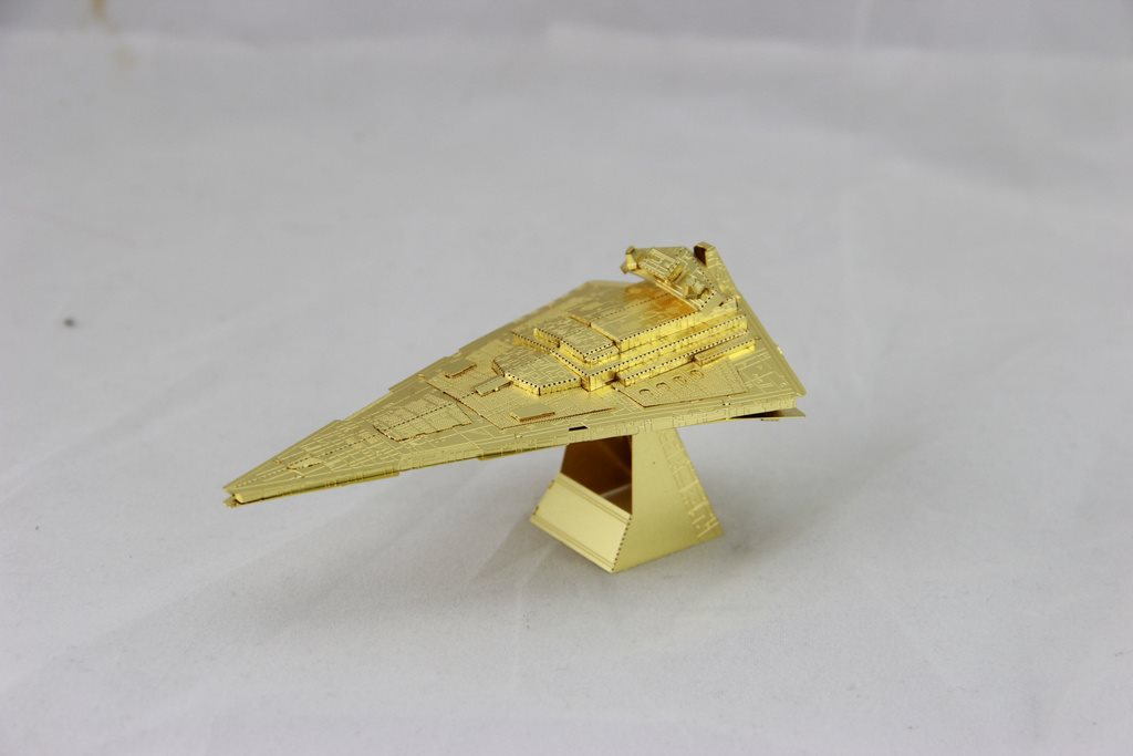 3D Pussel Metall - Star Wars - Starwars - Star Destroyer GULD