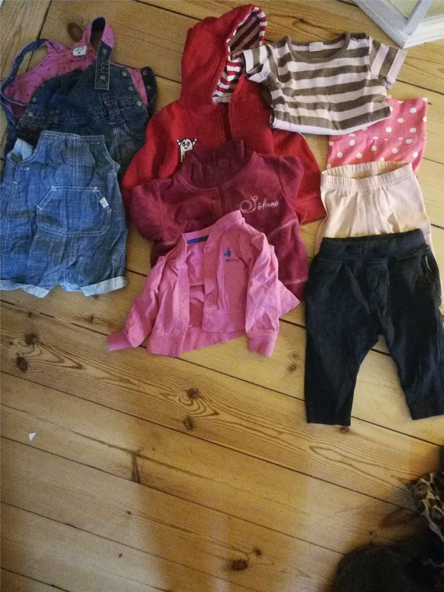 Klädpaket barnkläder storlek 62 (328490111) ᐈ Köp på Tradera 6811c87d35e1f