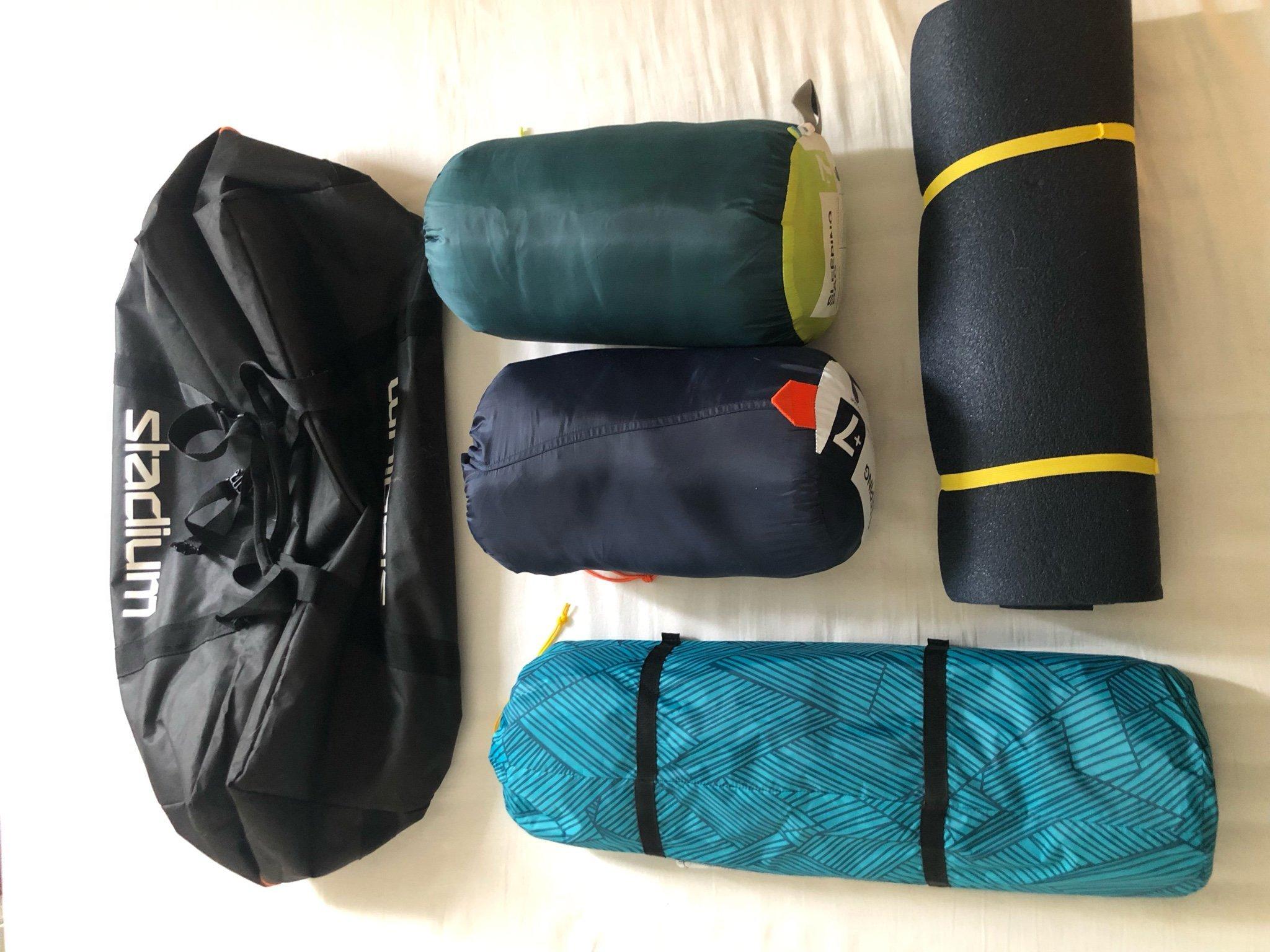 2P Tent + 2 sleeping bags + stadium bag 65L (359959085) ᐈ