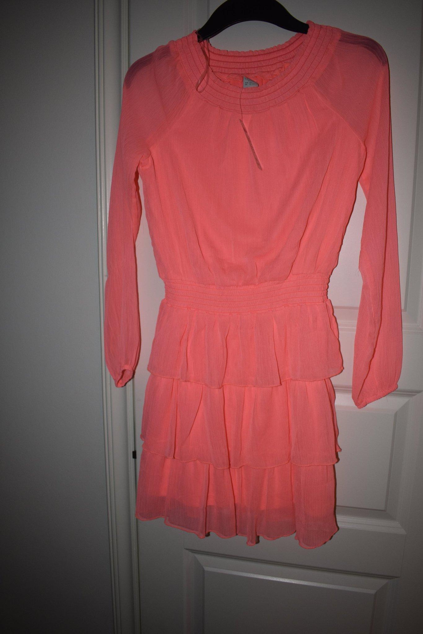 b6b9c56dfc8b NY Finaste Aprikos klänning från lindex strl 158!! NY lapp kvar  Skolavslutning!