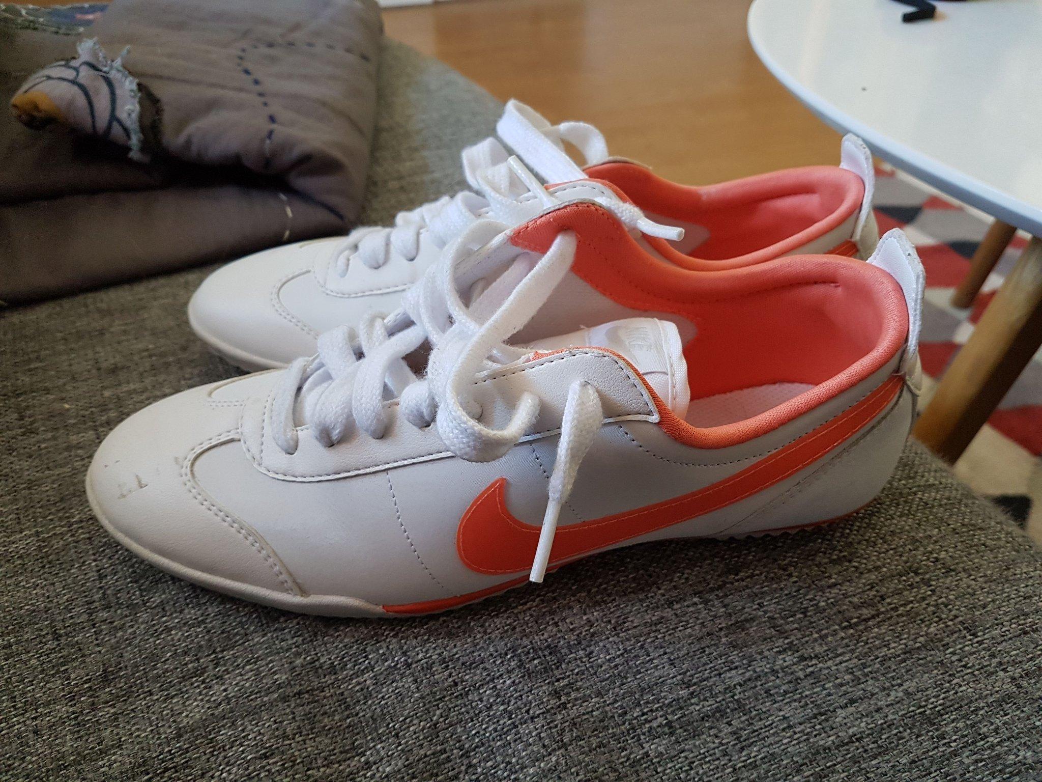 c0434f77621 Nike skor storlek 38/39 (352007018) ᐈ Köp på Tradera