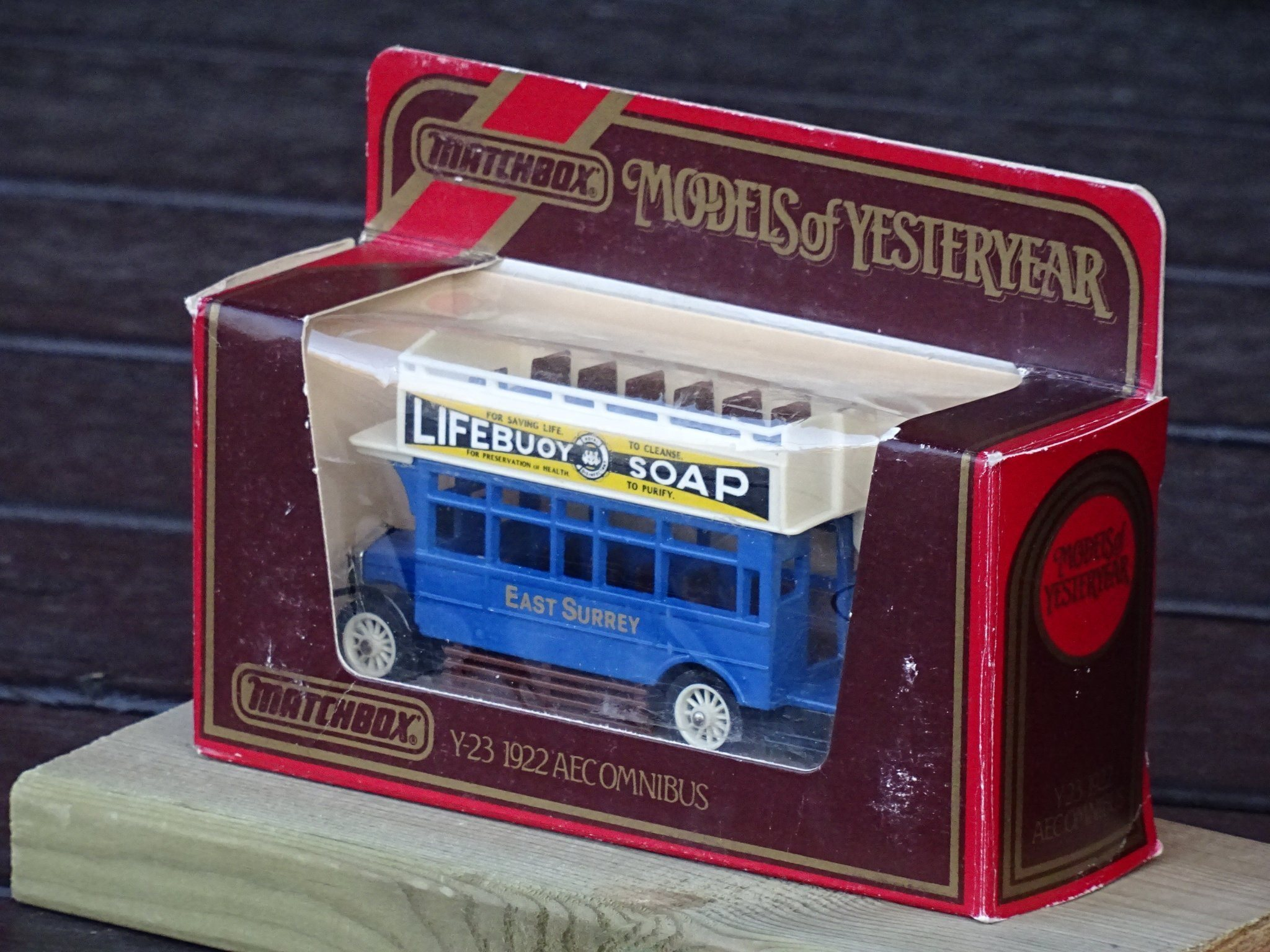 "Y-23 AEC Buss Dubbeldeckare, ""Lifebuoy Soap"", Matchbox Models of Yesteryear"