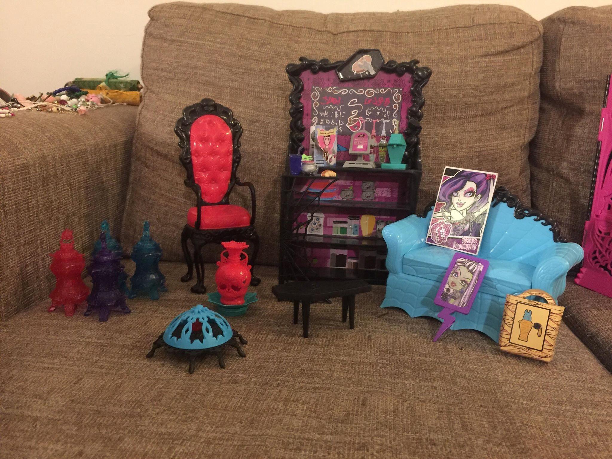 Monster high möbler