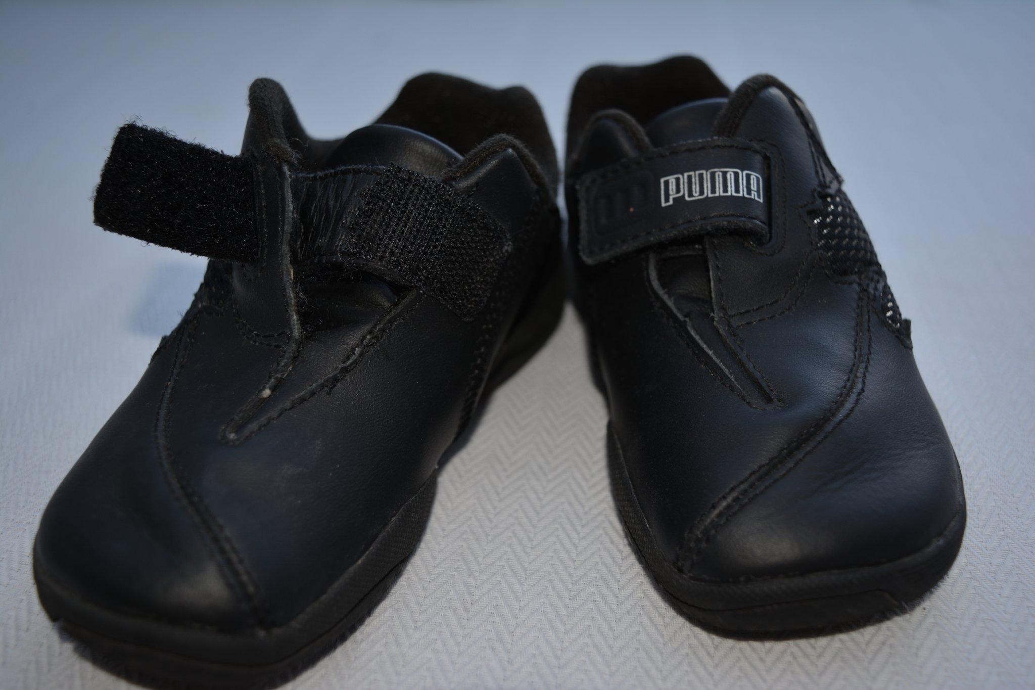 4a2472da91a Snygga svarta skor / tennisskor / sneakers - PUMA , storlek:24 , TOPPSKICK  ...