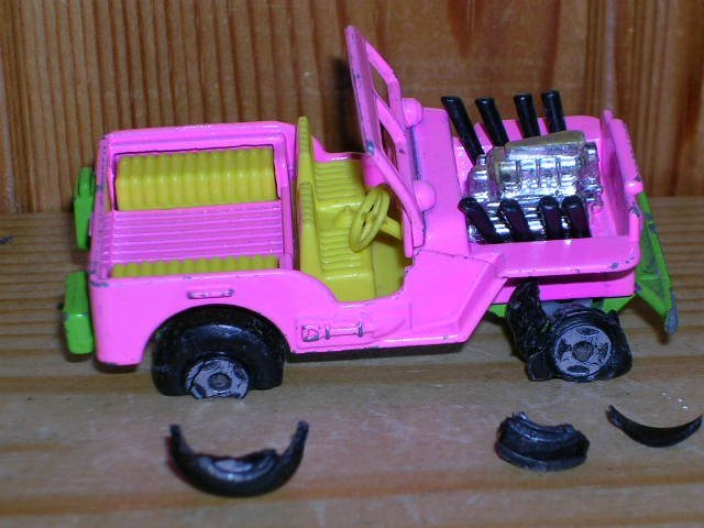 JEEP Hot Rod Lesney Matchbox 1971 med däck explosion