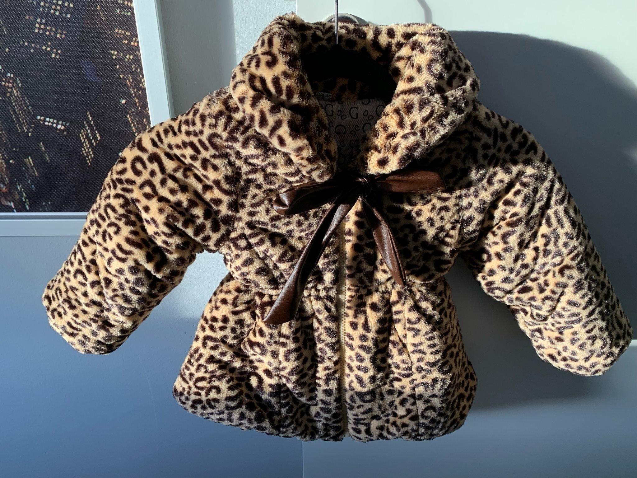 1e9edcd6 Leopard barn jacka 2 år (346699948) ᐈ Köp på Tradera