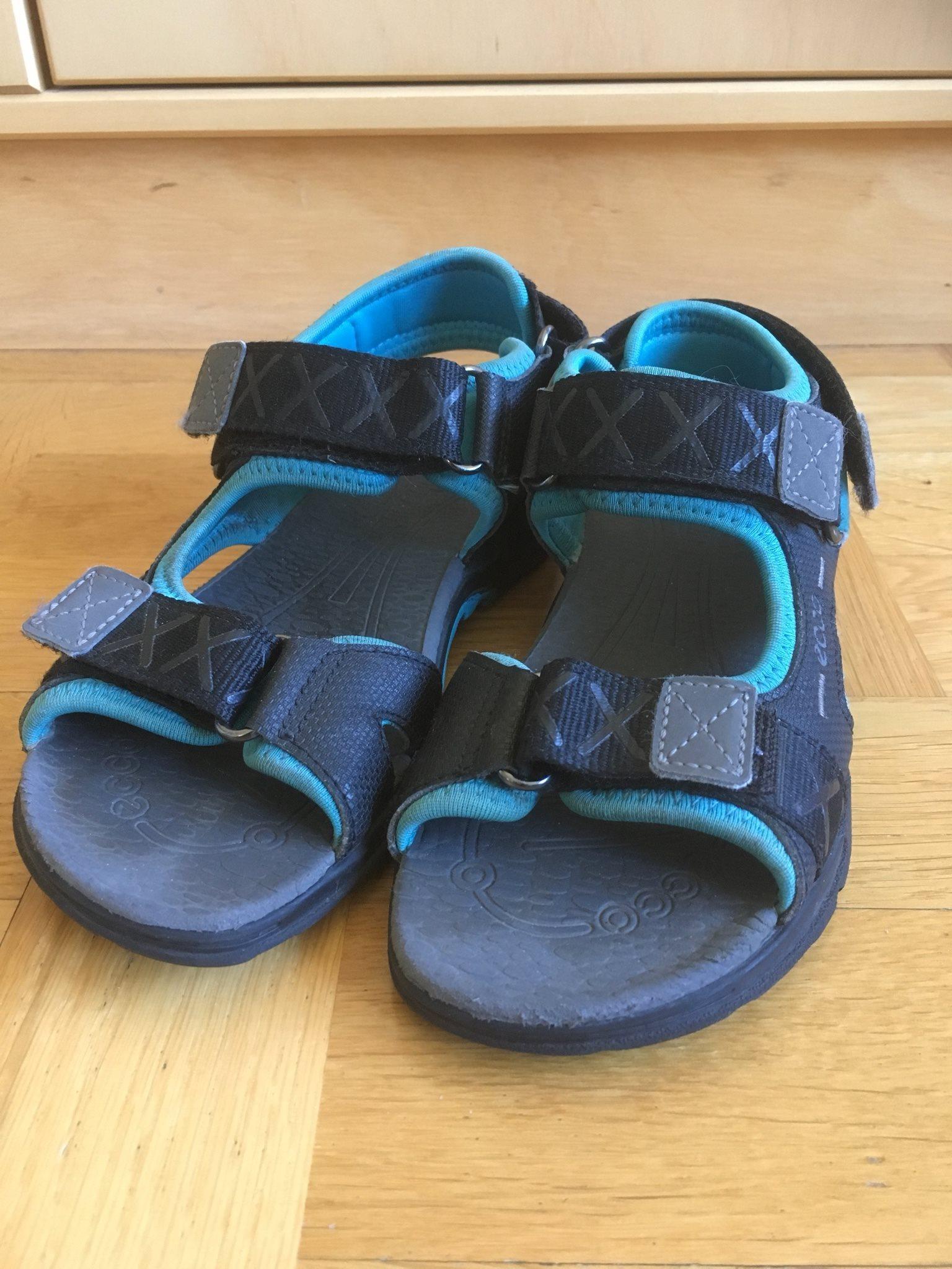 83937bfd065 Ecco sandaler i str 31 på Tradera.com - Mockasiner och sandaler för barn