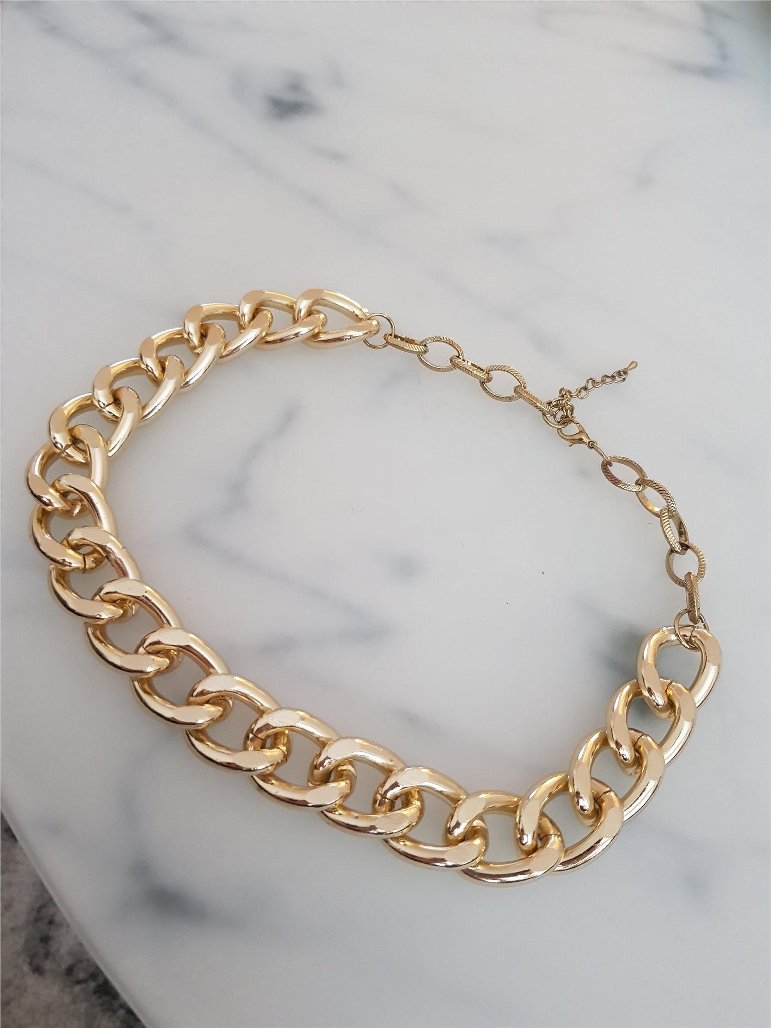 Fejk guld halsband (329059609) ᐈ Köp på Tradera e387251d59f55