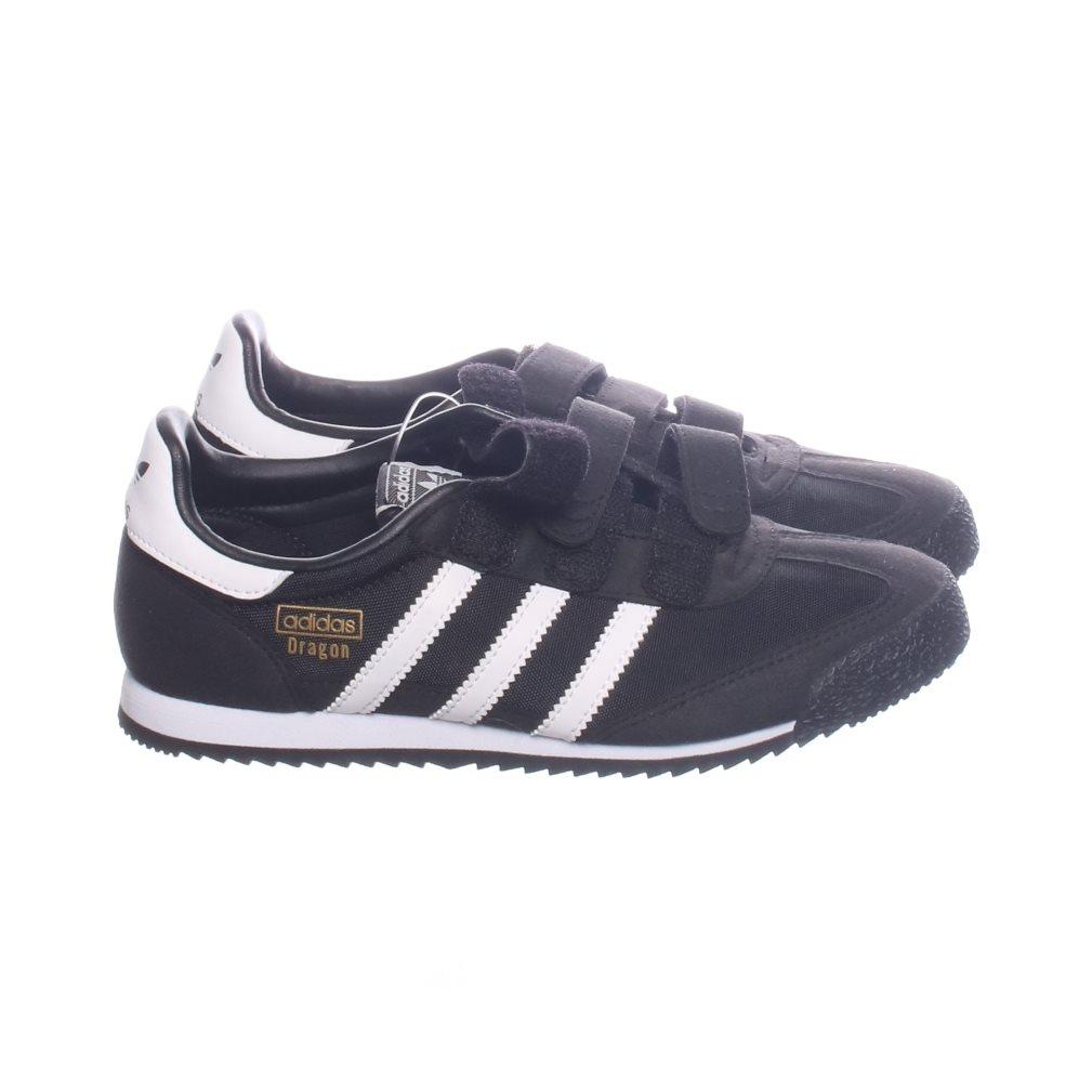 0d5cd3f8c2e Adidas, Sneakers, Strl: 35, Svart/Vit (338108863) ᐈ Sellpy på Tradera