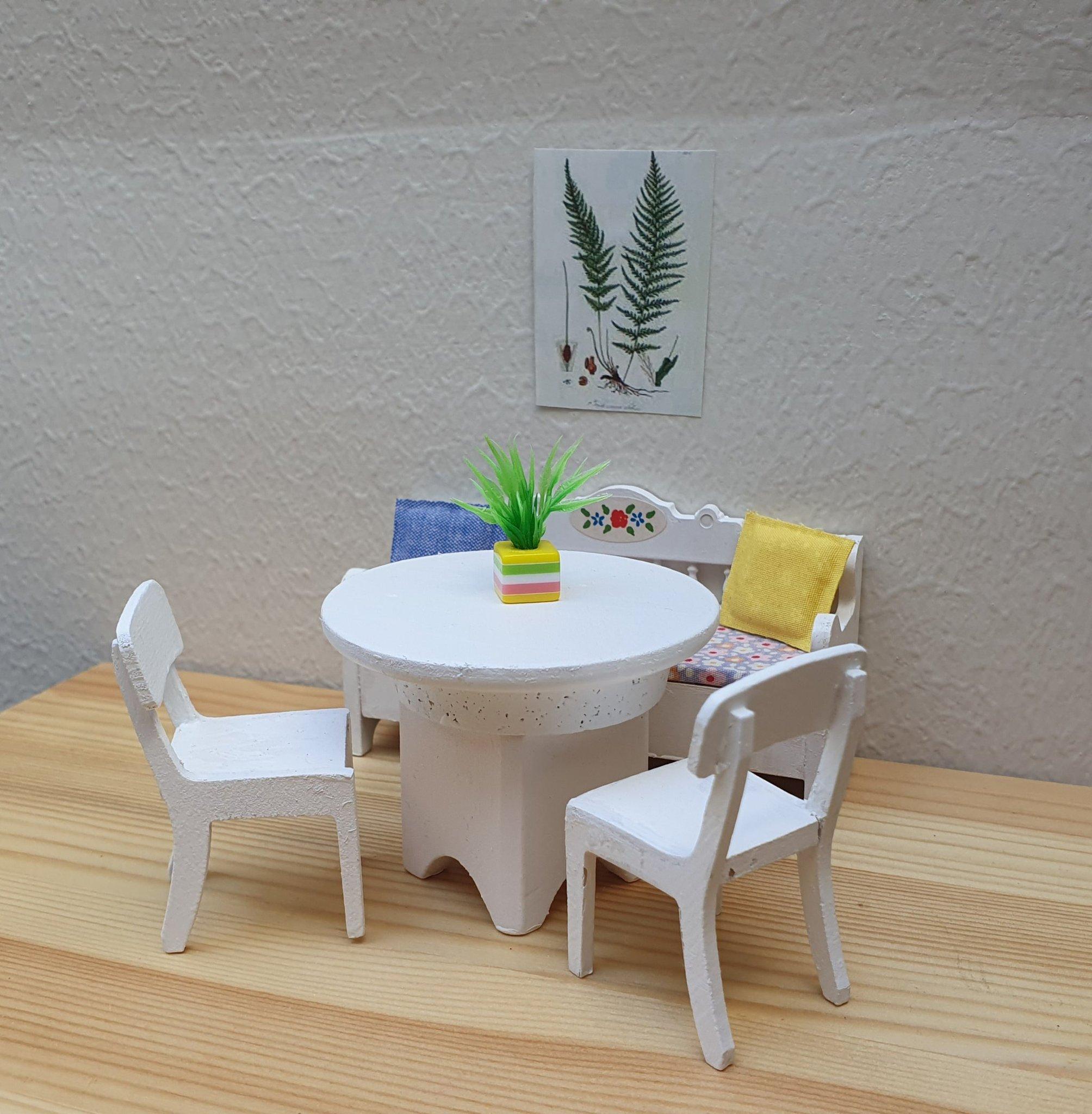 Dockskåp Lundby kökssoffa, bord, stolar, blomma.. (406432492
