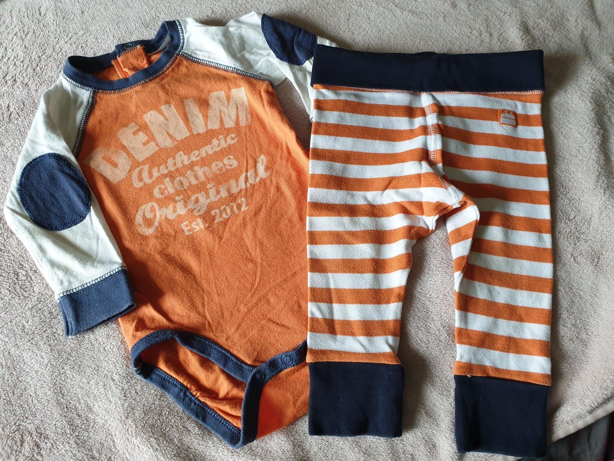 35b6e452ebb7 Orangea kläder stl 74 (343583383) ᐈ Köp på Tradera
