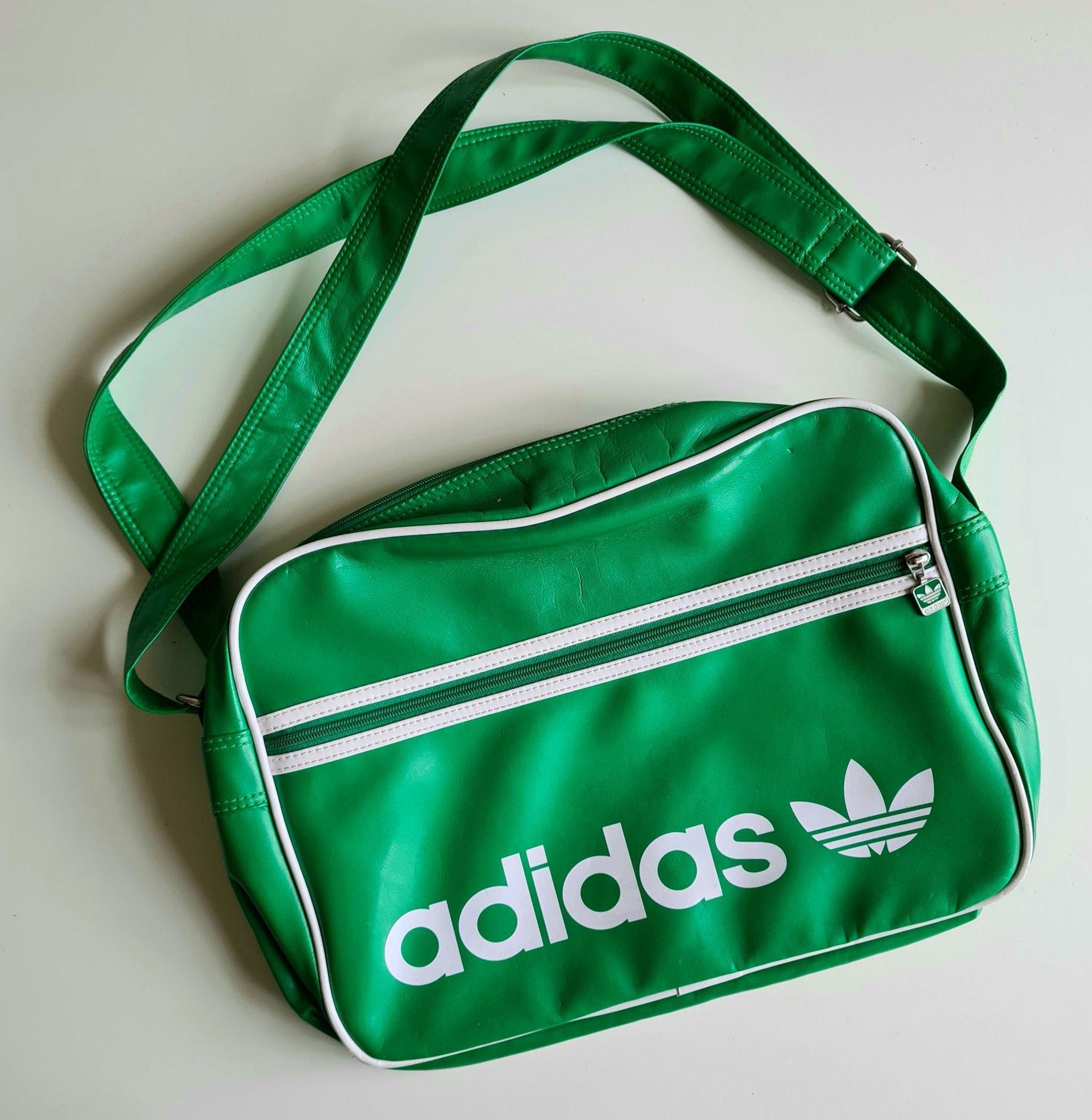 Adidas väska axelremsväsks messengerbad ärtgrön retro
