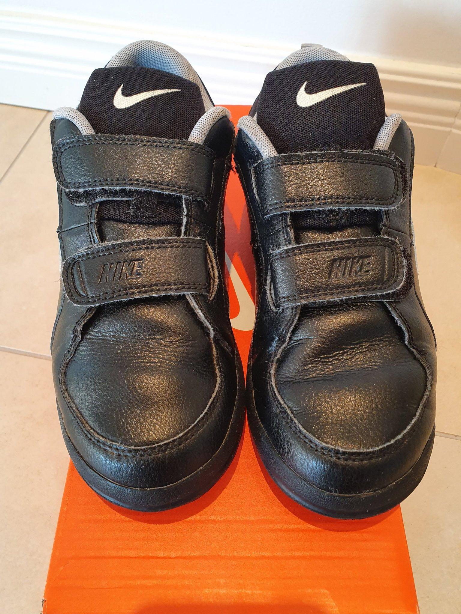 Snygga Nike skor stl.35 (23cm) (351234761) ᐈ Köp på Tradera