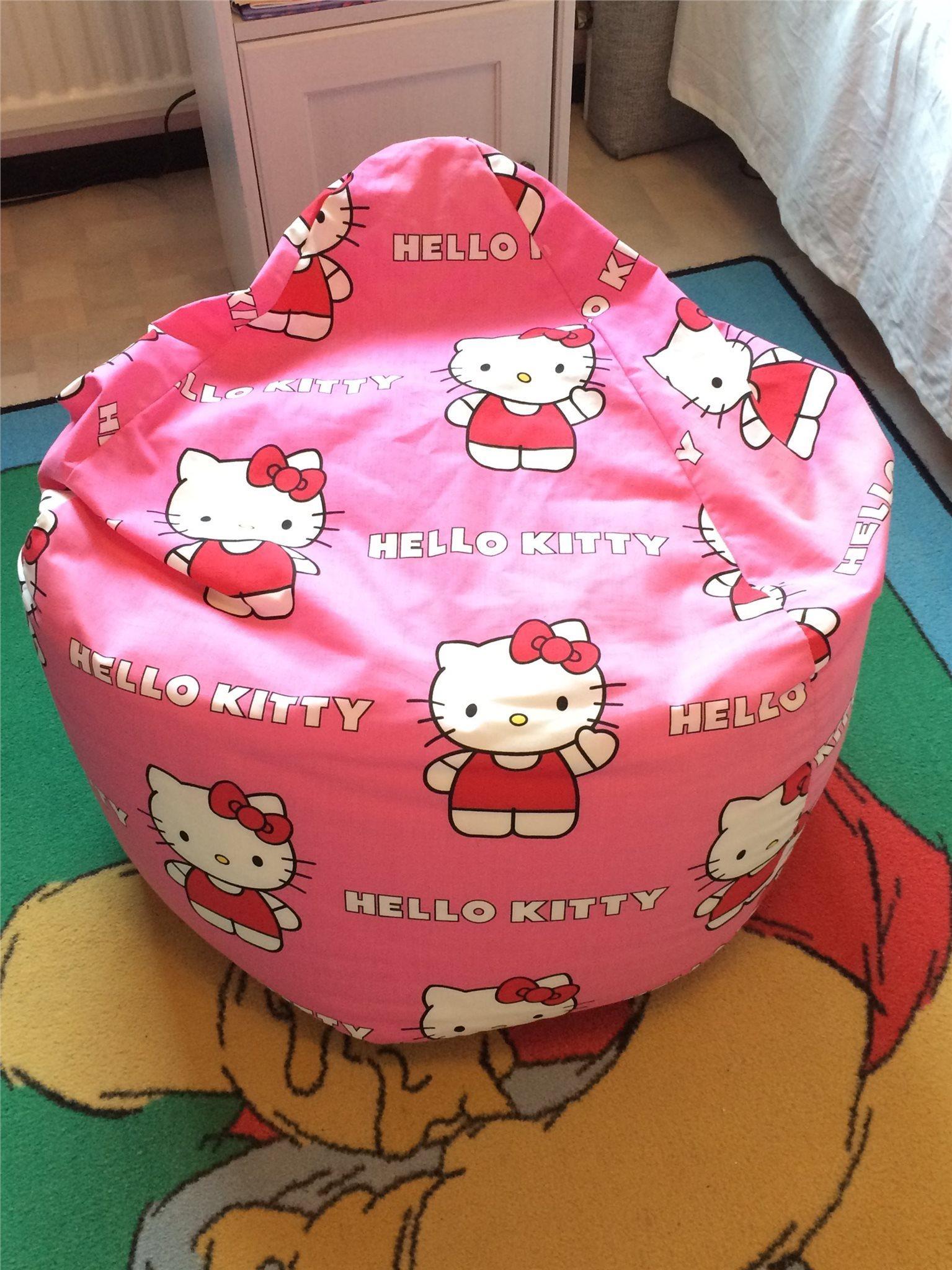 *** NY *** Jättefin Jättestor Sittpuff, Hello Hello Hello Kitty, rosa. b1c25f