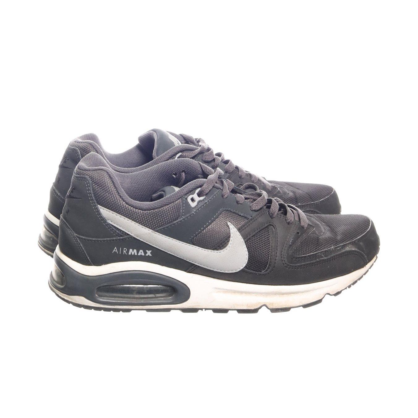 quality design fe142 14df4 Nike, Sneakers, Strl  44,5, Nike air, Svart Grå
