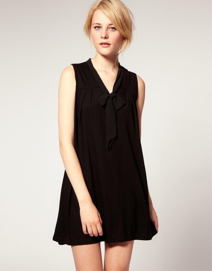 6a0a8fafb6ec Svart klänning från Asos. Bra begagnat skick. S.. (346431412) ᐈ Köp ...