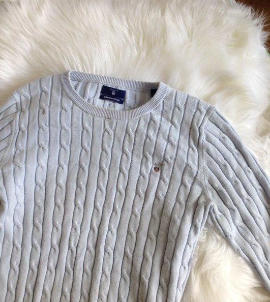 gant grå kabelstickad