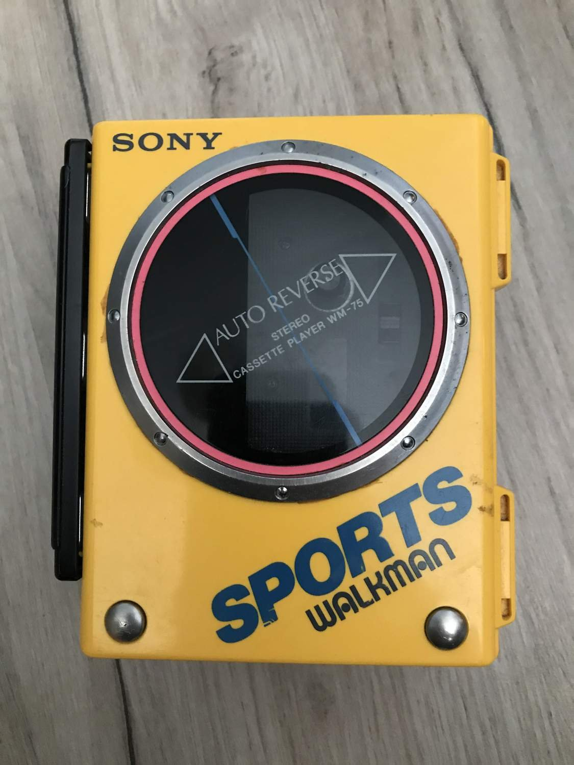 Sony Sports Walkman WM-75 Kassetbandspelare