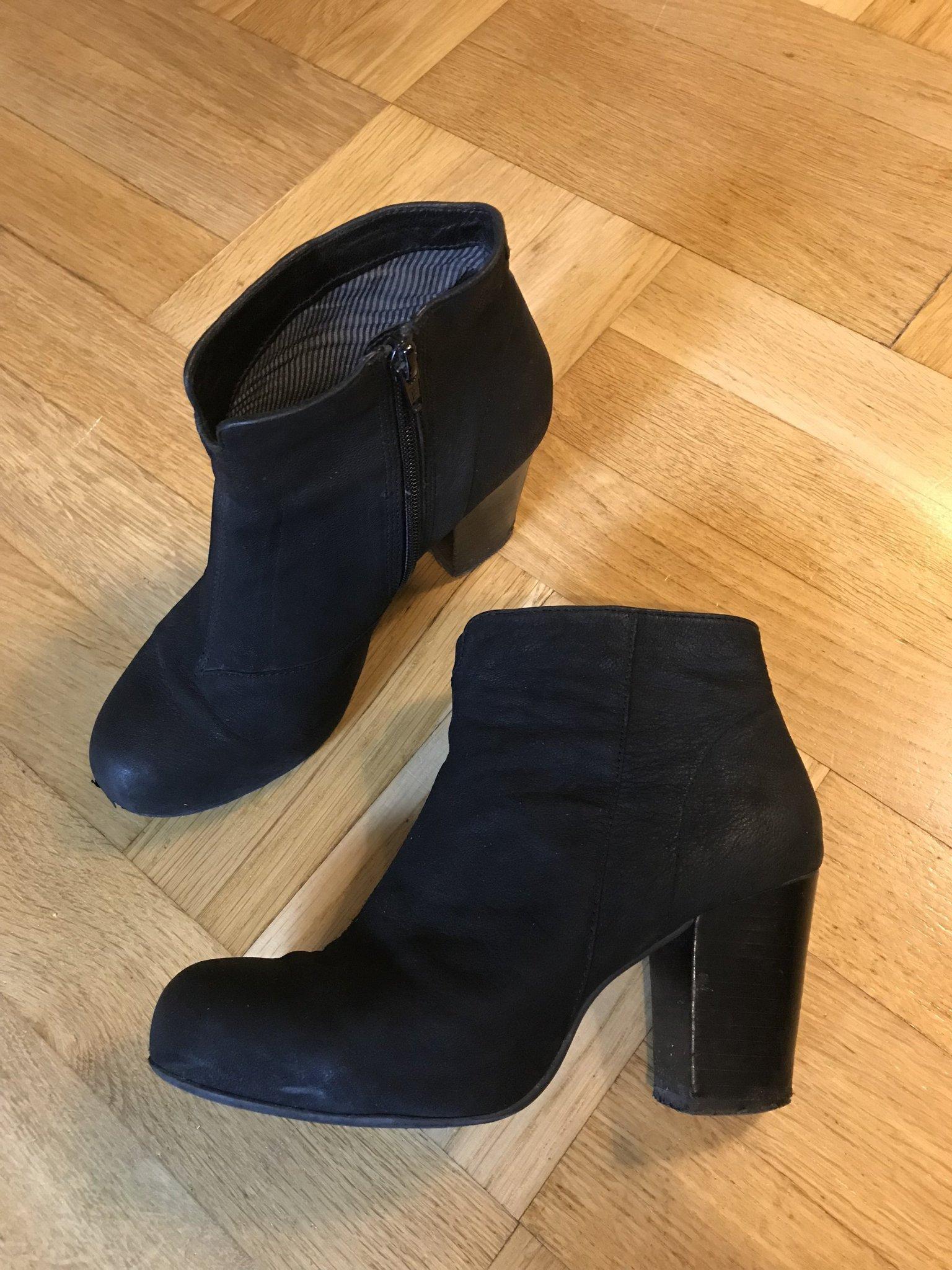 Klassiska mocka nubuck boots skinnskor Vagabond (356817719