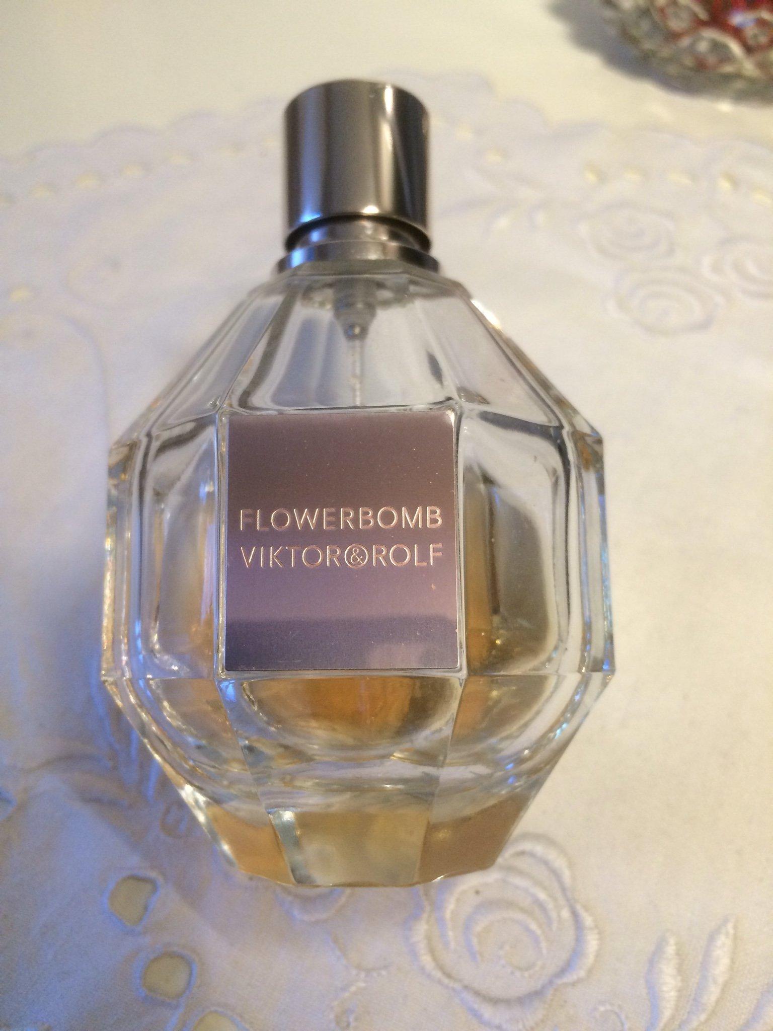 Eau de parfum Victor & Rolf Flowerbomb stora flaskan