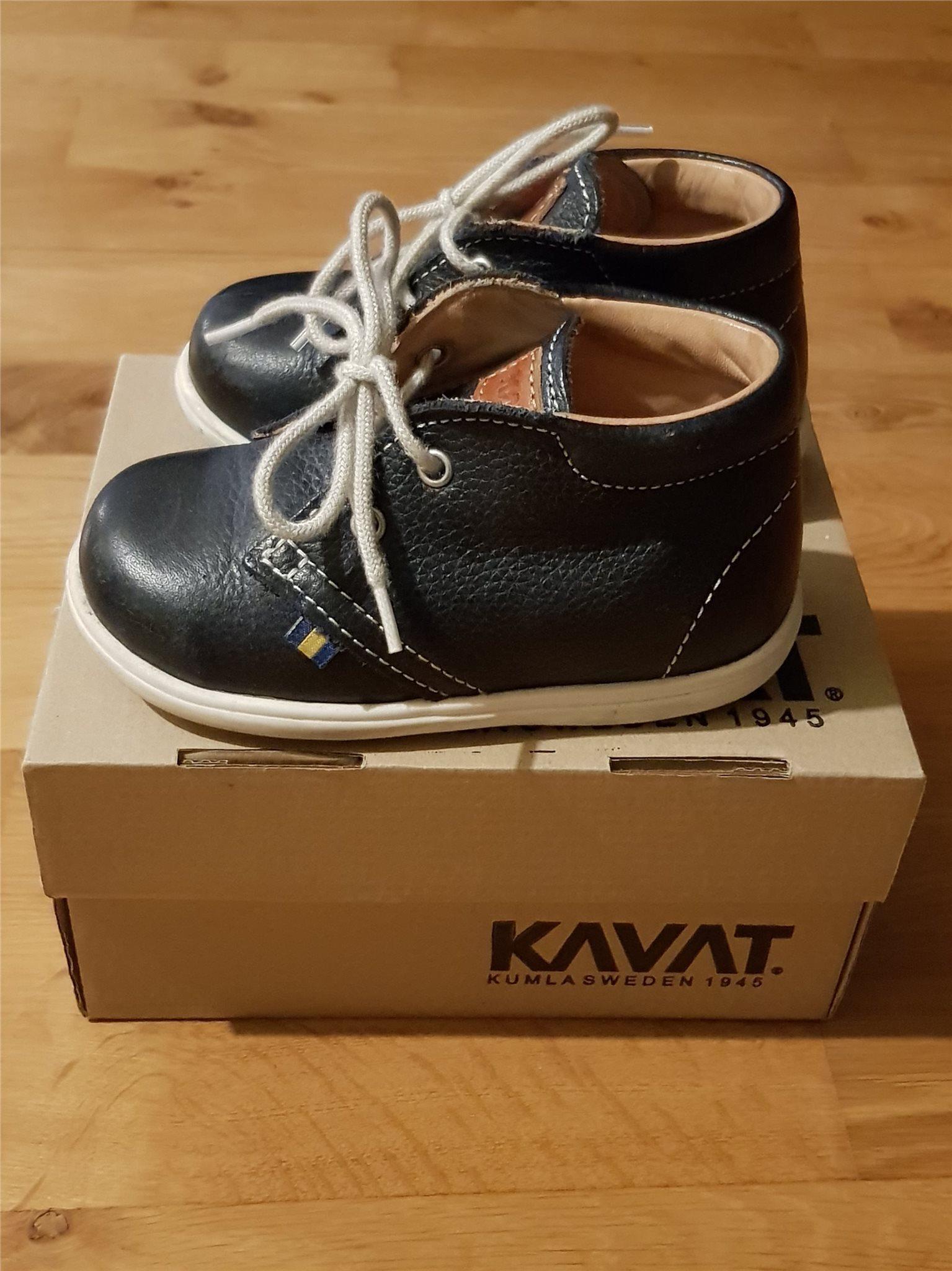 Kavat skor stl 22 (338167757) ᐈ Köp på Tradera
