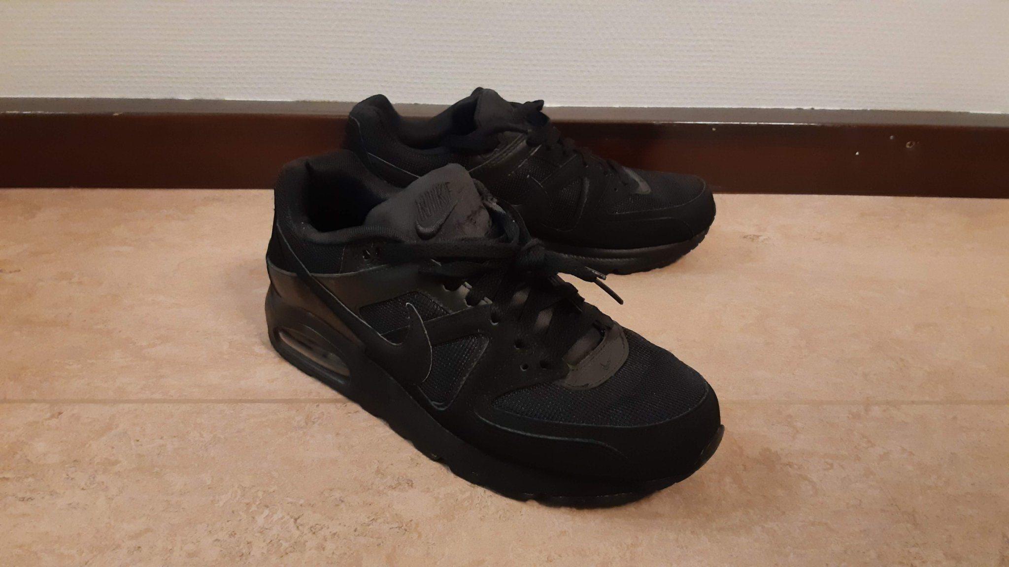 the latest 9067f 7cd8f Nike Air Max Command Black Edition (Strl 42.5) Original