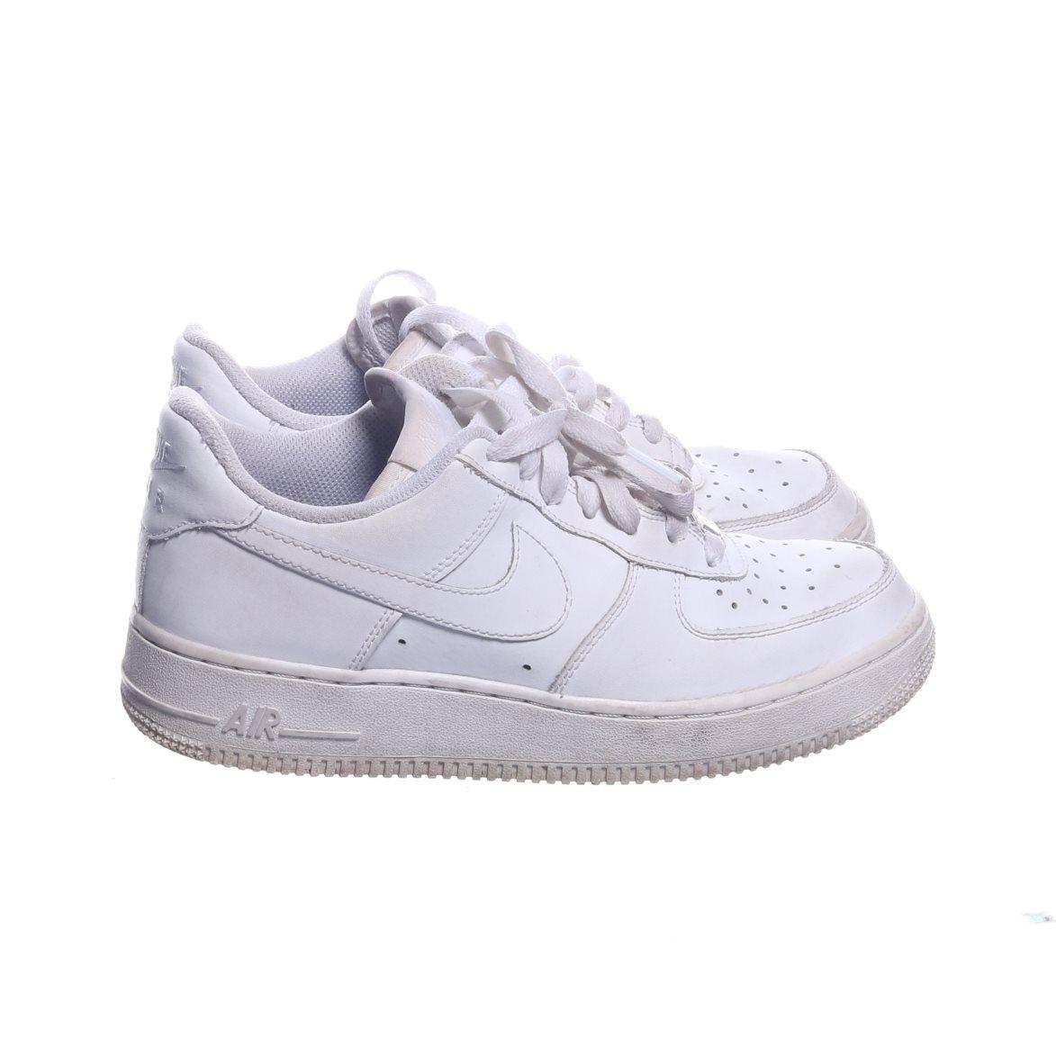new concept 2fa08 765dd Nike Air Force 1, Sneakers, Strl  38,5, Vit