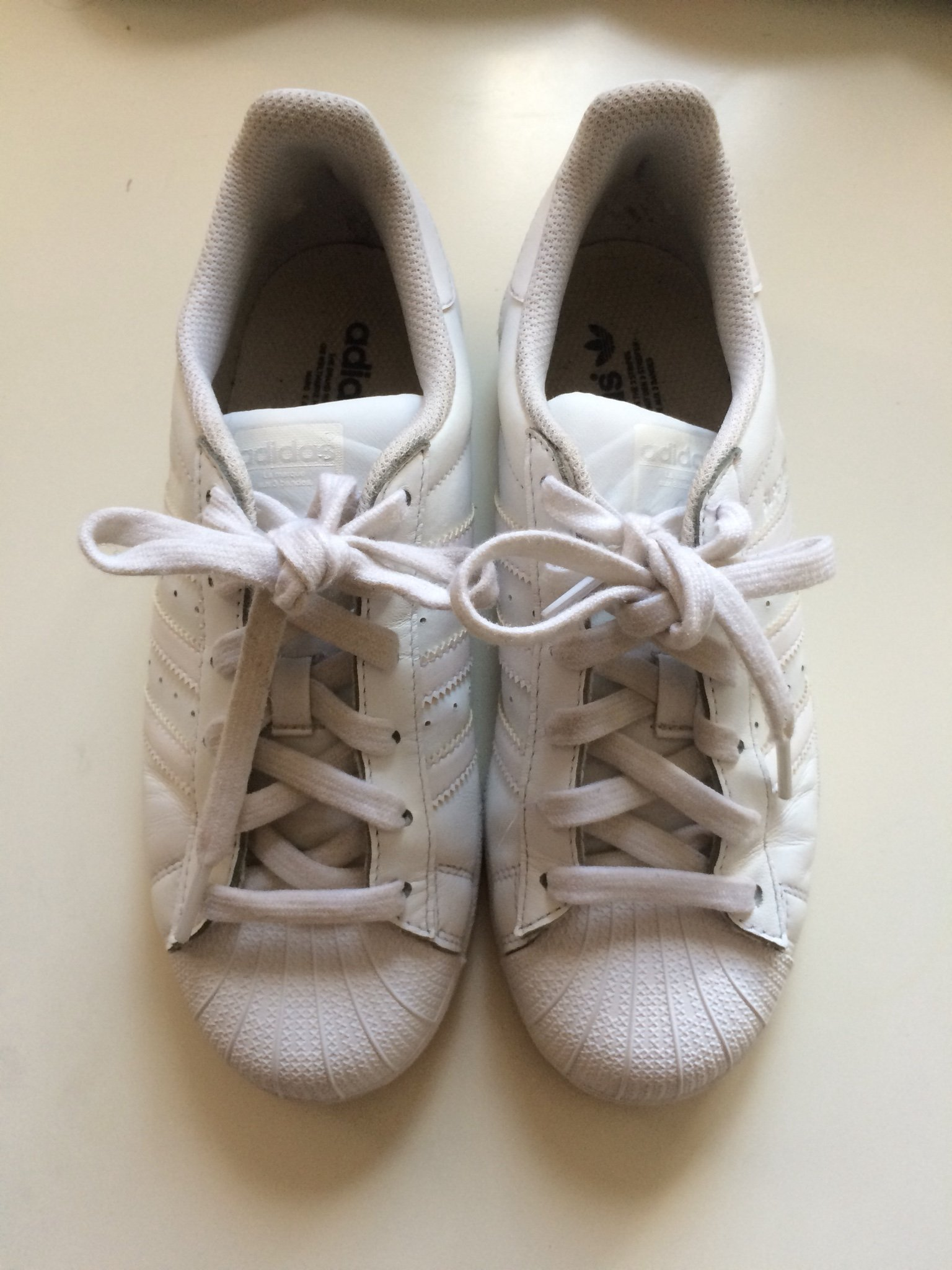 Helvita Adidas Superstar 36 23 (361032239) ᐈ Köp på Tradera