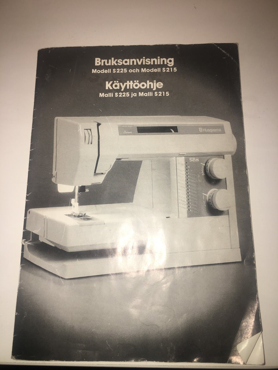 Symaskin Husqvarna S215 modell 215 och 225 / S225 manual svensk/Skandinavisk