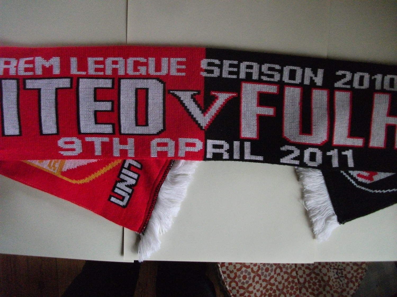 Man United Fulham 9 april 2011 ..Fotboll halsduk