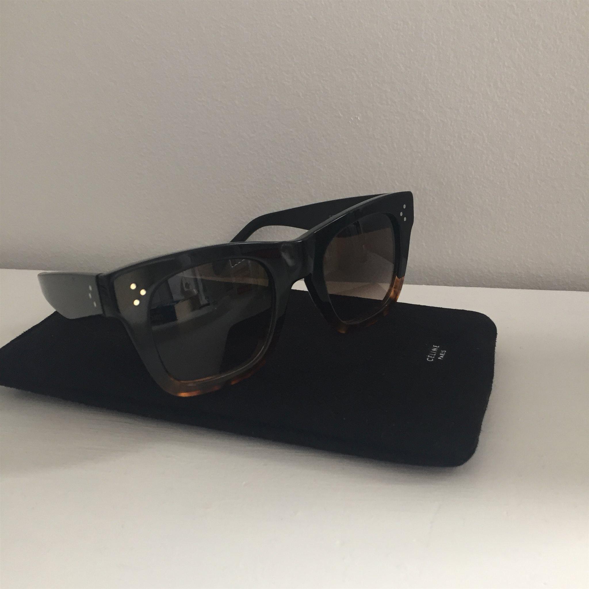 7d9ab5a10e4 Céline solglasögon (334596948) ᐈ Köp på Tradera