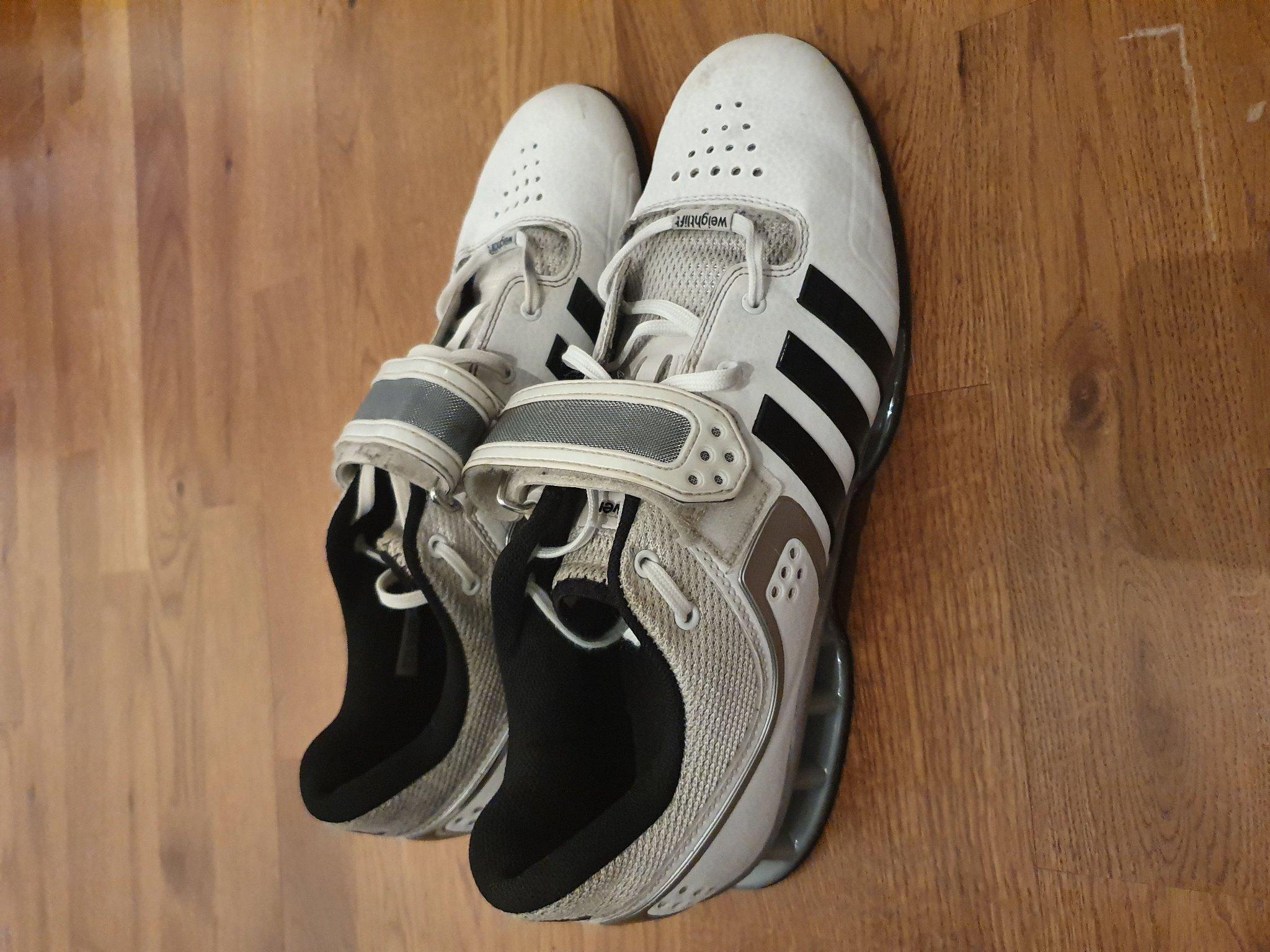 Adidas adipower lyftar skor44 (353687824) ᐈ Köp på Tradera