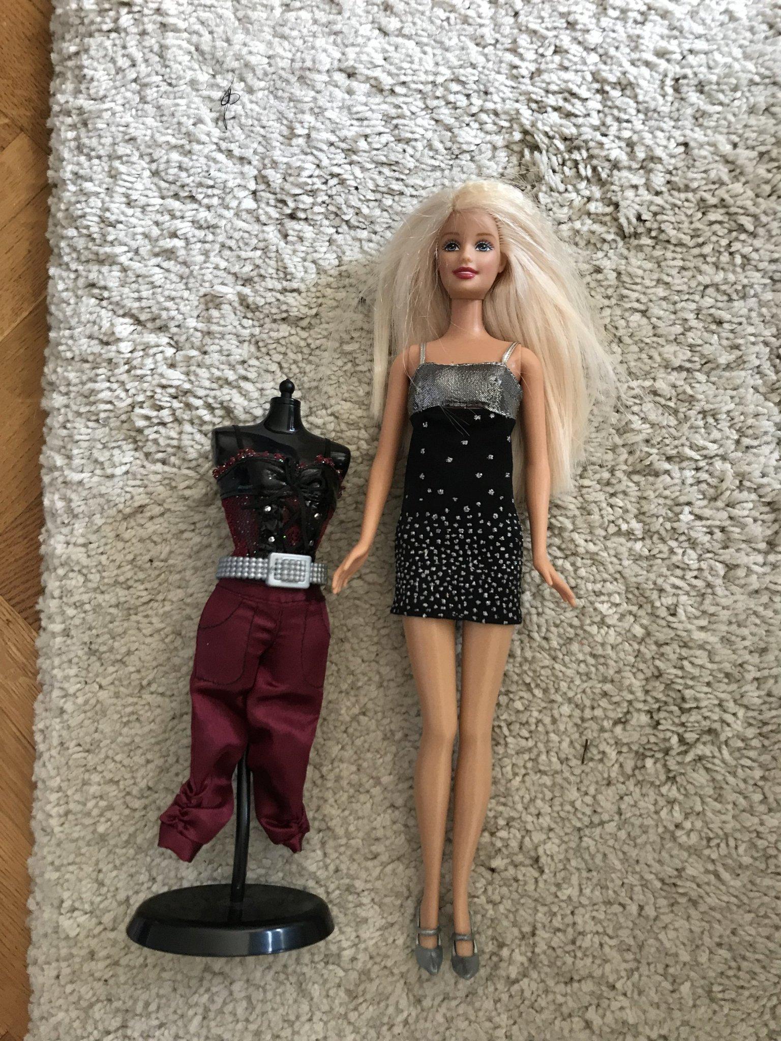 Barbiedocka Pris