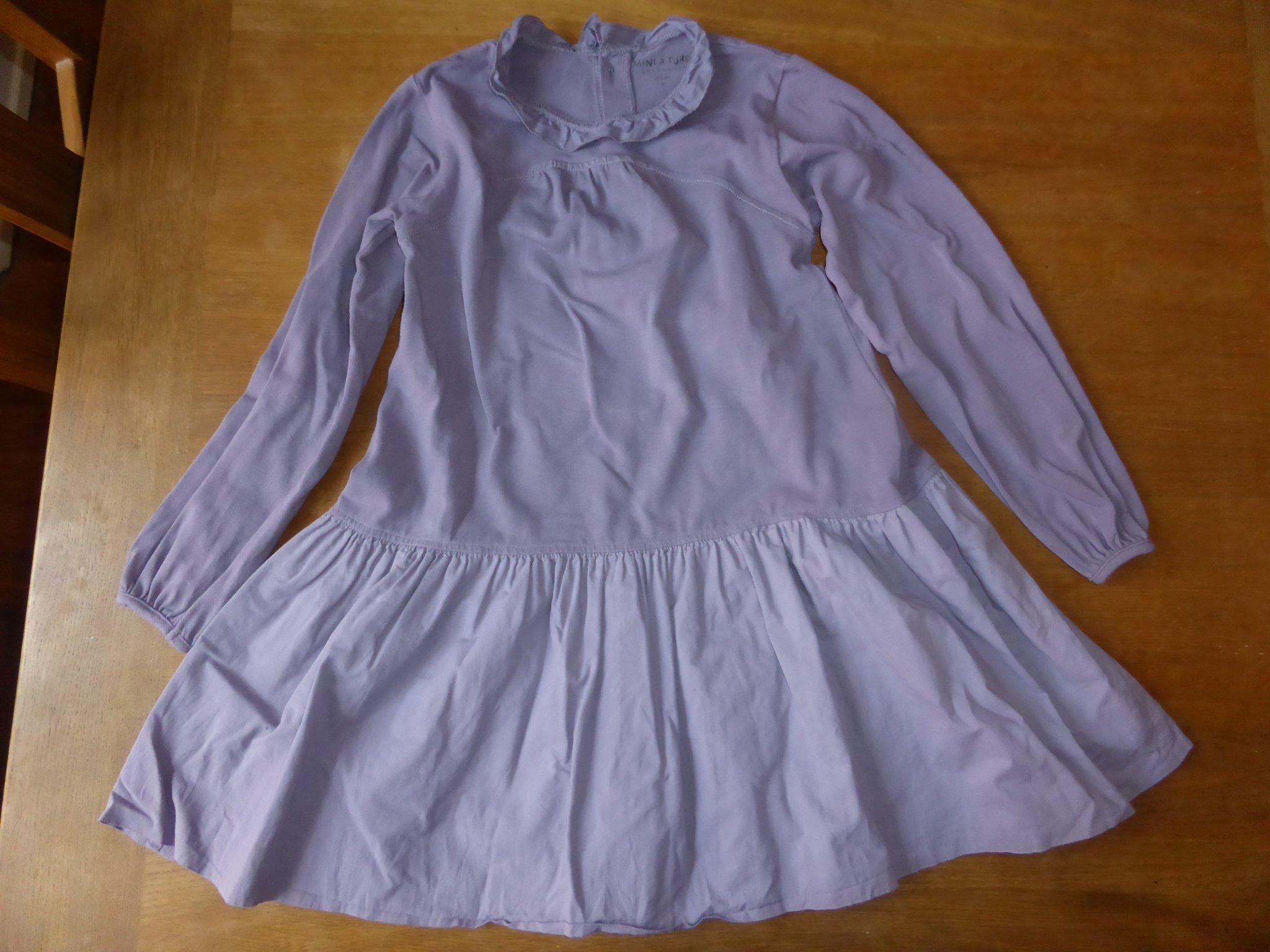 86adf2dfa505 Mycket fin lila klänning kalasklänning från MINI A TURE MINIATURE i stl 116  ...