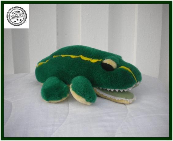 Mjukdjur spelande krokodil vaggvisa Bra för barnet att somna in till mjukdjur