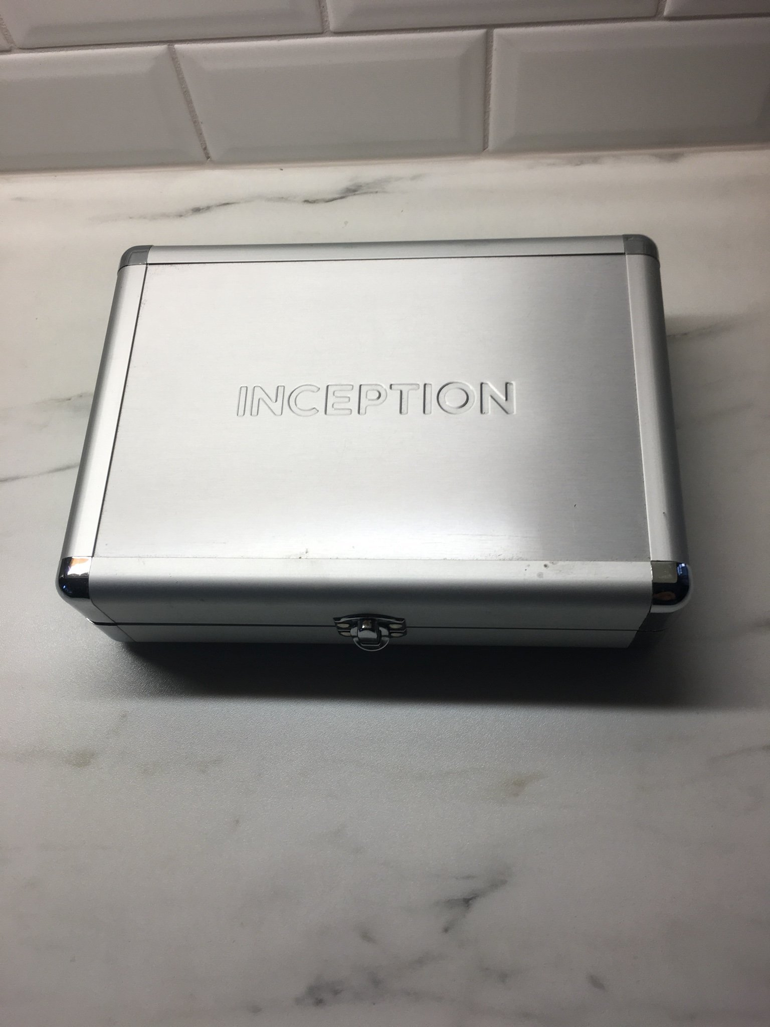 Inception-limited edition metal case