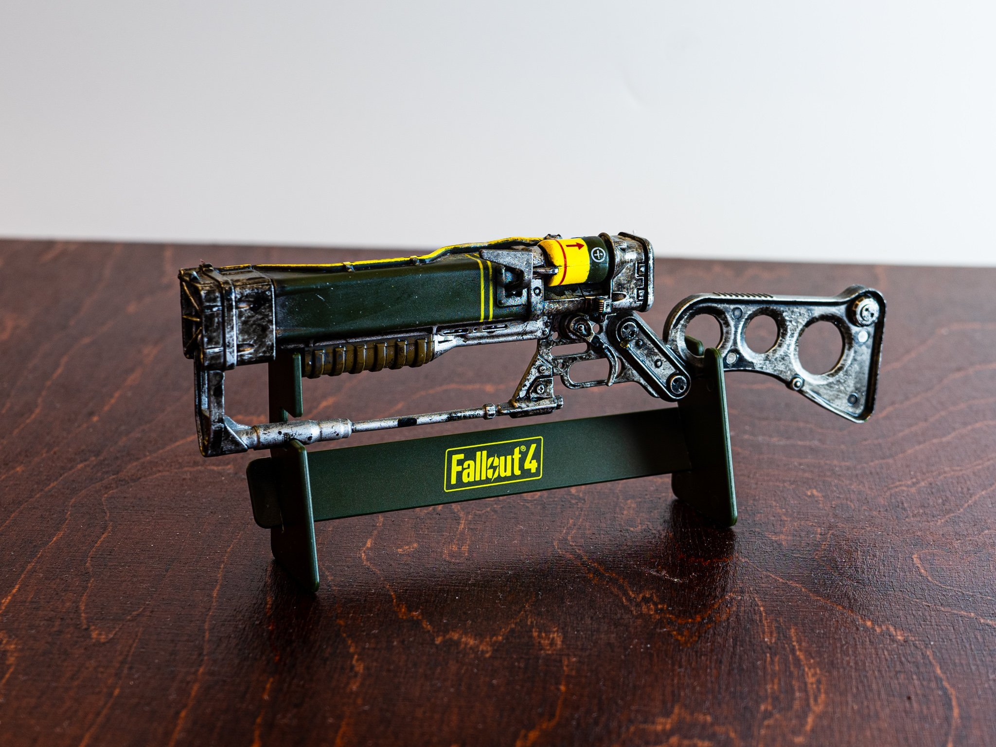 Fallout 4 AER9 Laser Rifle Replica