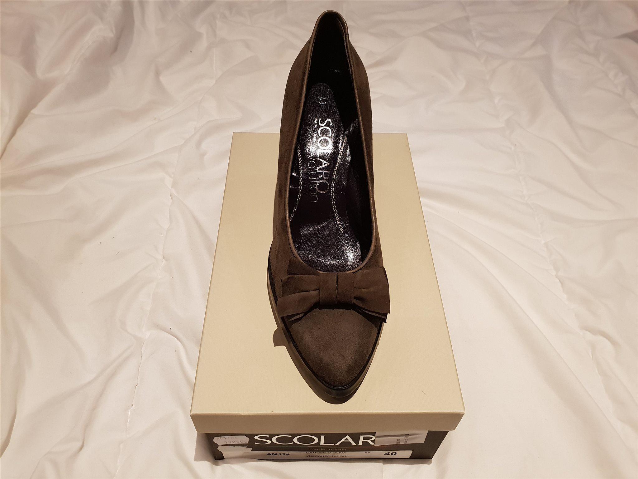 Nya snygga högklackade skor från Scolaro 2e65e99391ab5
