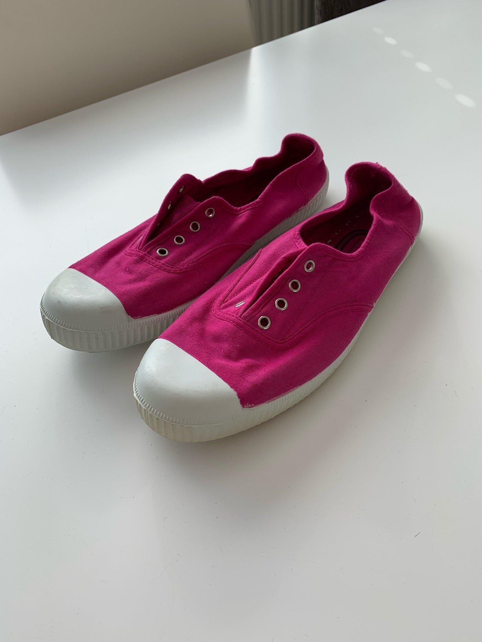 725d320adc8 Chipie tygskor gummisula doftskor skor sneakers. Stlk 38,5-39. Cerise  Nyskick