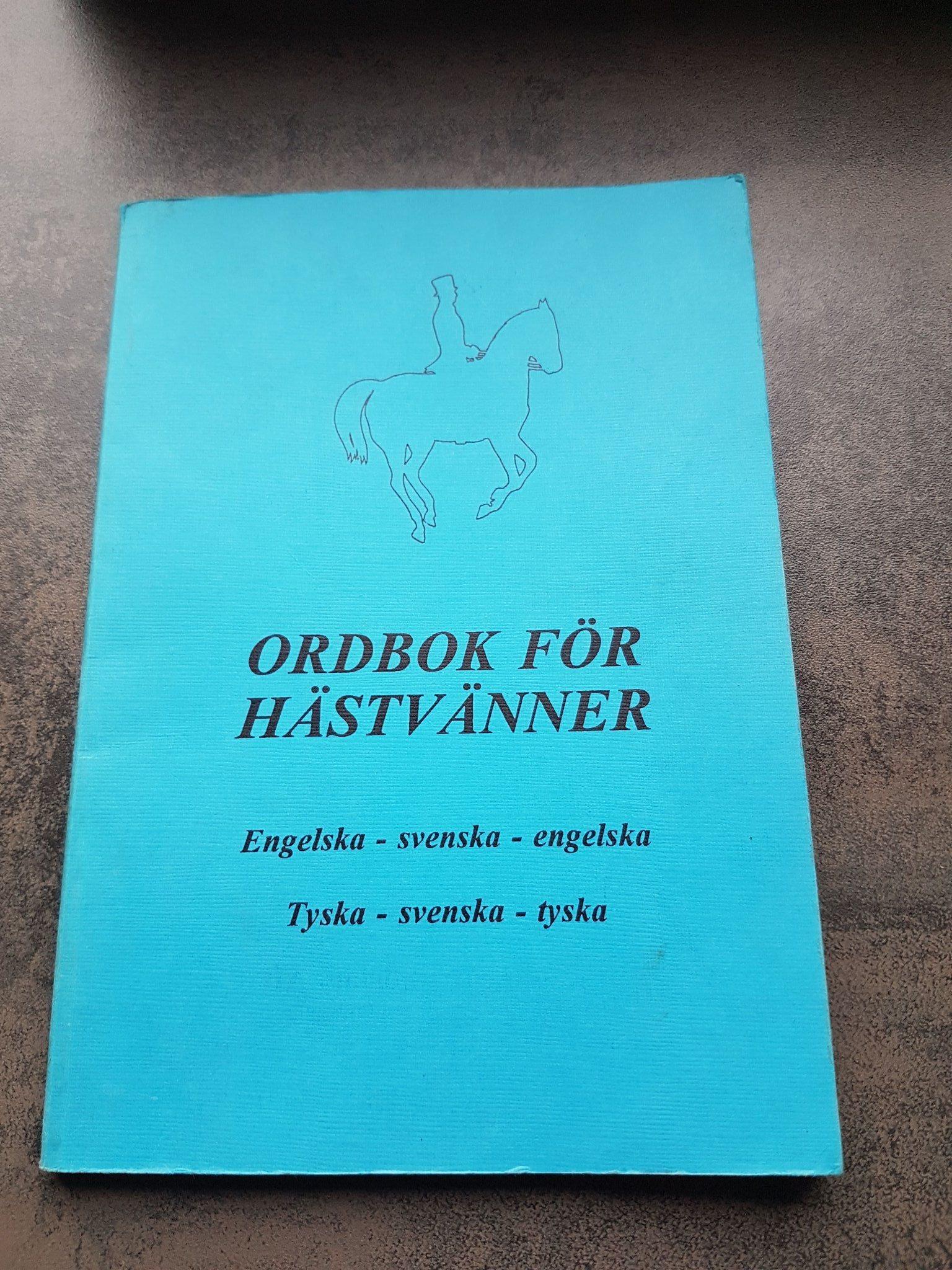 Ordbok För Hästvänner Engelska Svenska Tyska 343702120 ᐈ Köp