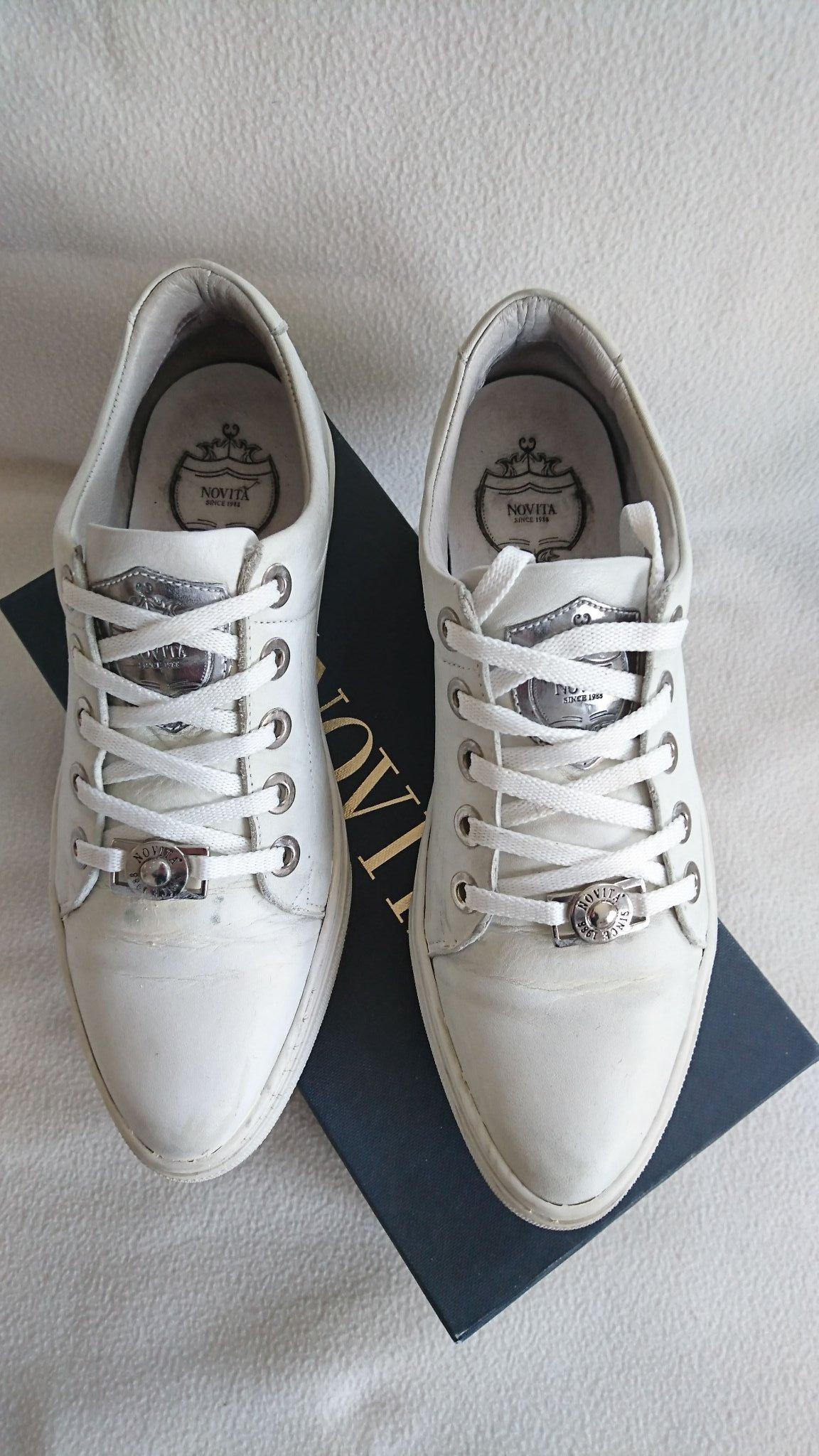 77bac86f8e3 Vita sneakers från Novita Scorett i storlek 39 .. (349811061) ᐈ Köp ...