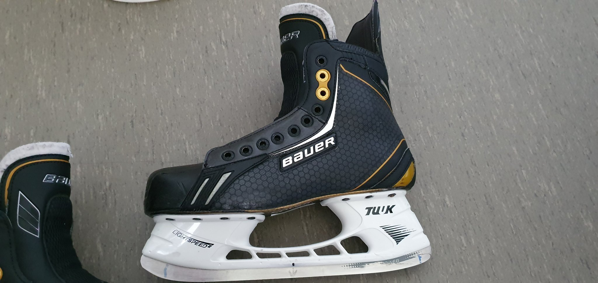 Bauer Supreme One.8