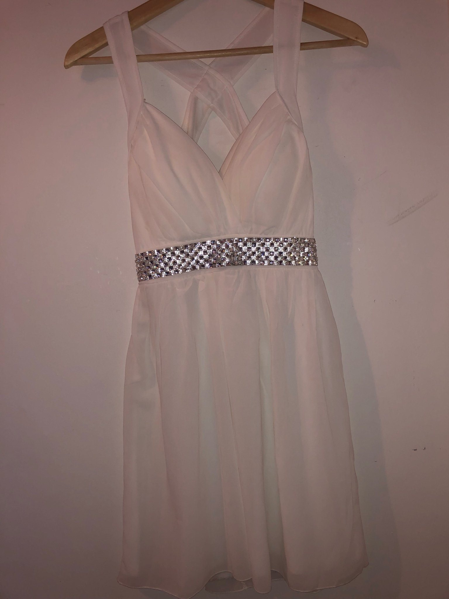 4b1edd8aaf4f Studentklänning Vit klänning med strass storlek.. (344633841) ᐈ Köp ...
