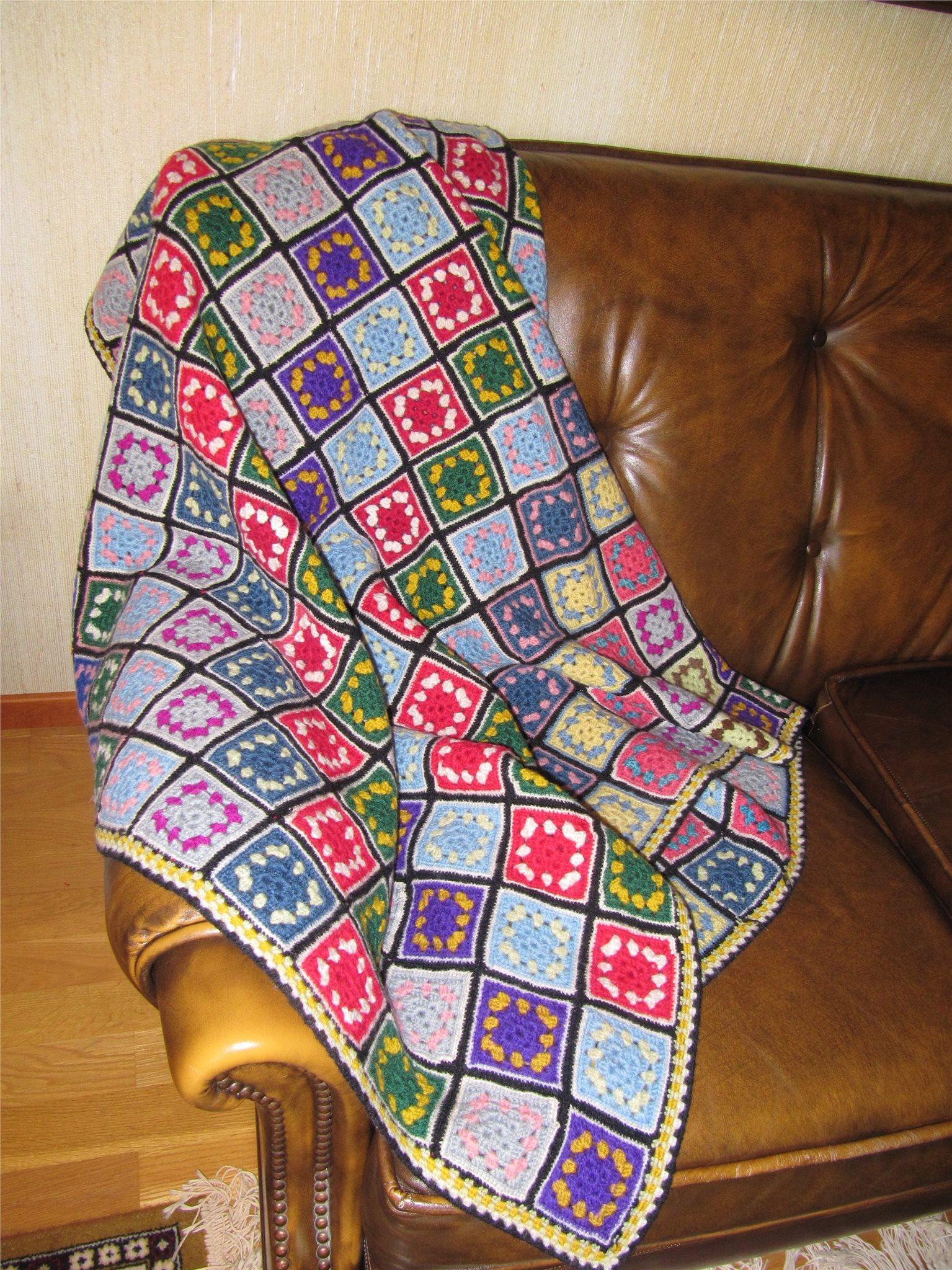 mormorsrutor mönster kudde