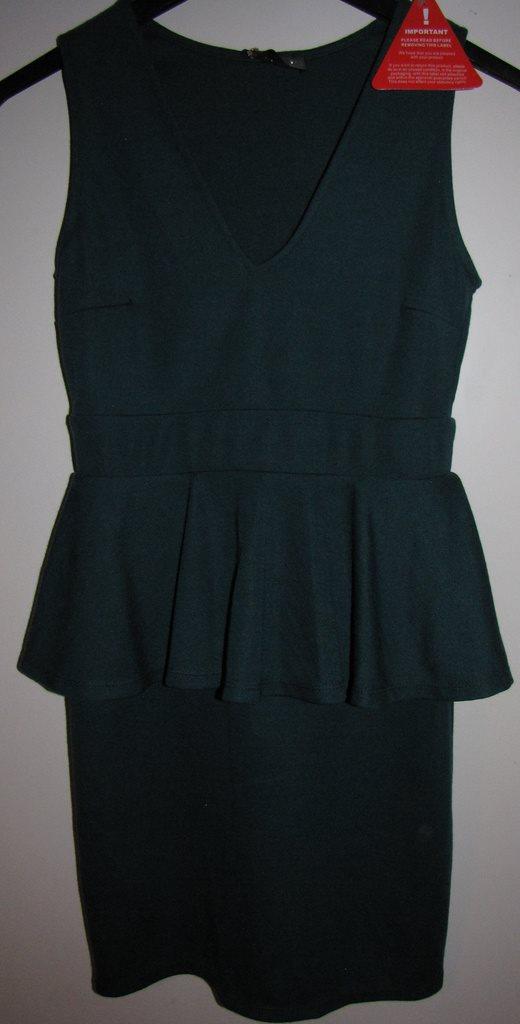 NY mörk grön tajt sexig peplum klänning XXS XS Nelly Club L fest party  sommar 24eb1cf3856ba