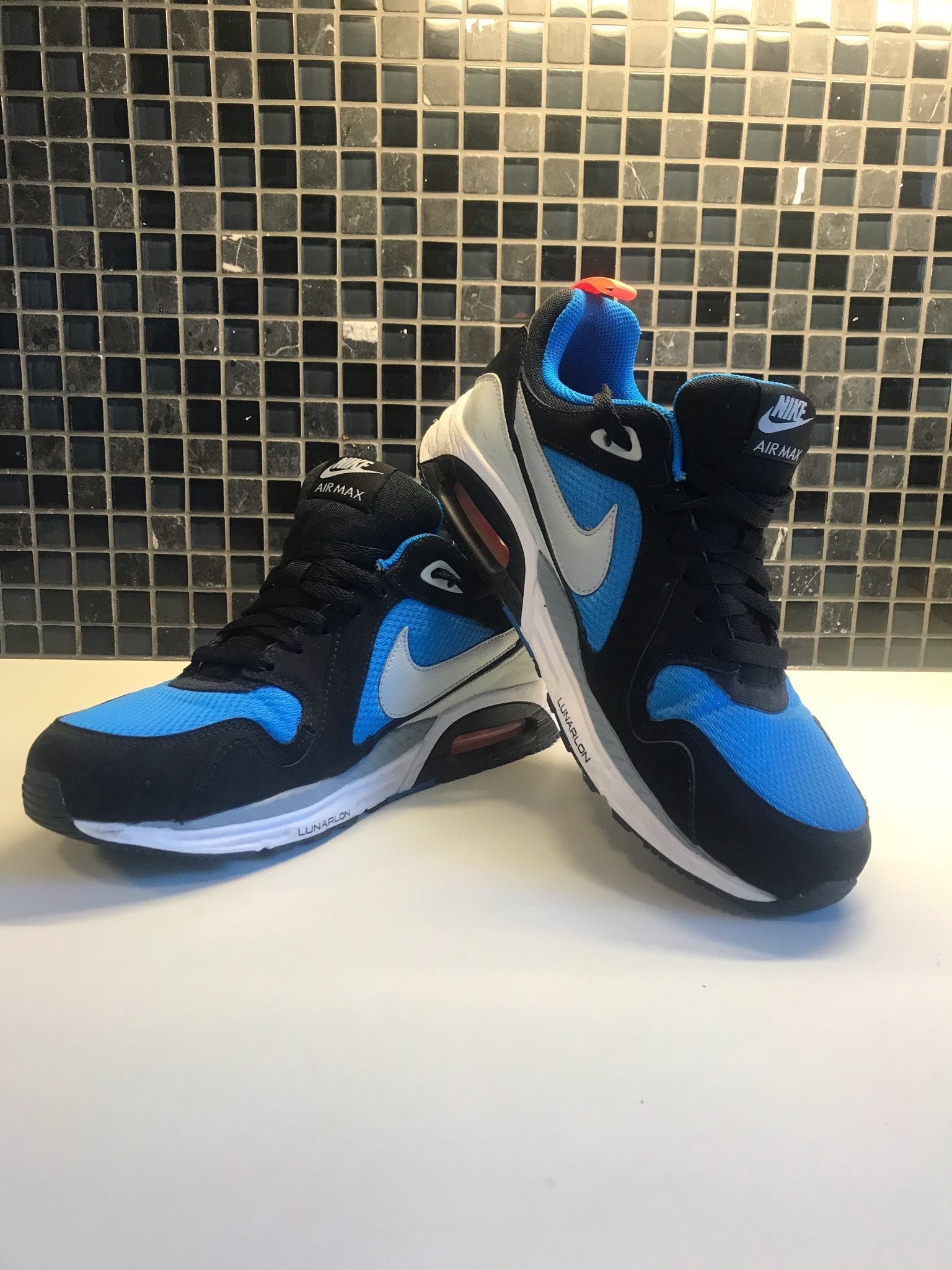 brand new 027bd ac2da Nike Air Max strl 44 Nya