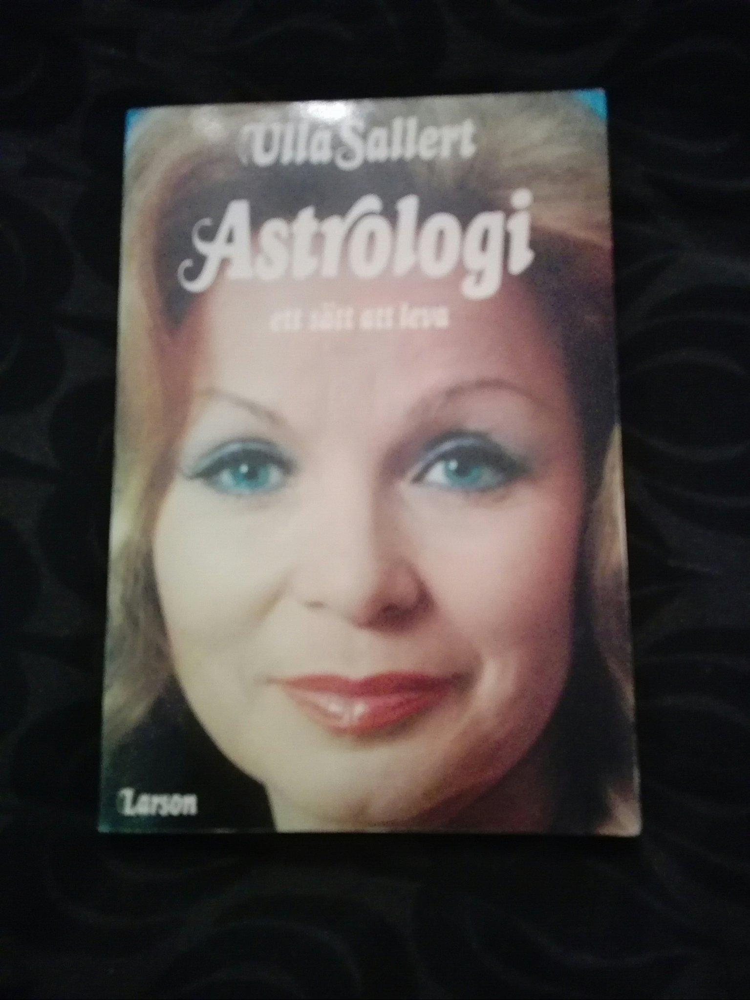 ulla sallert astrologi