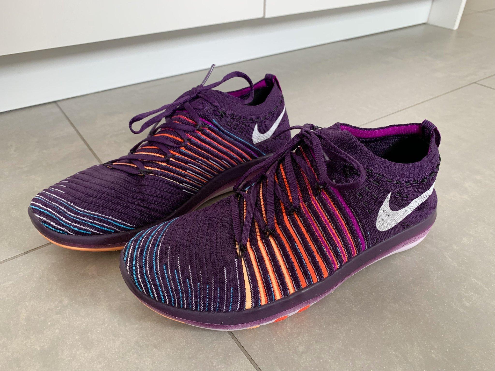 39 Nya Nike Gymnastikskor Strumps348821175? Skor Köp