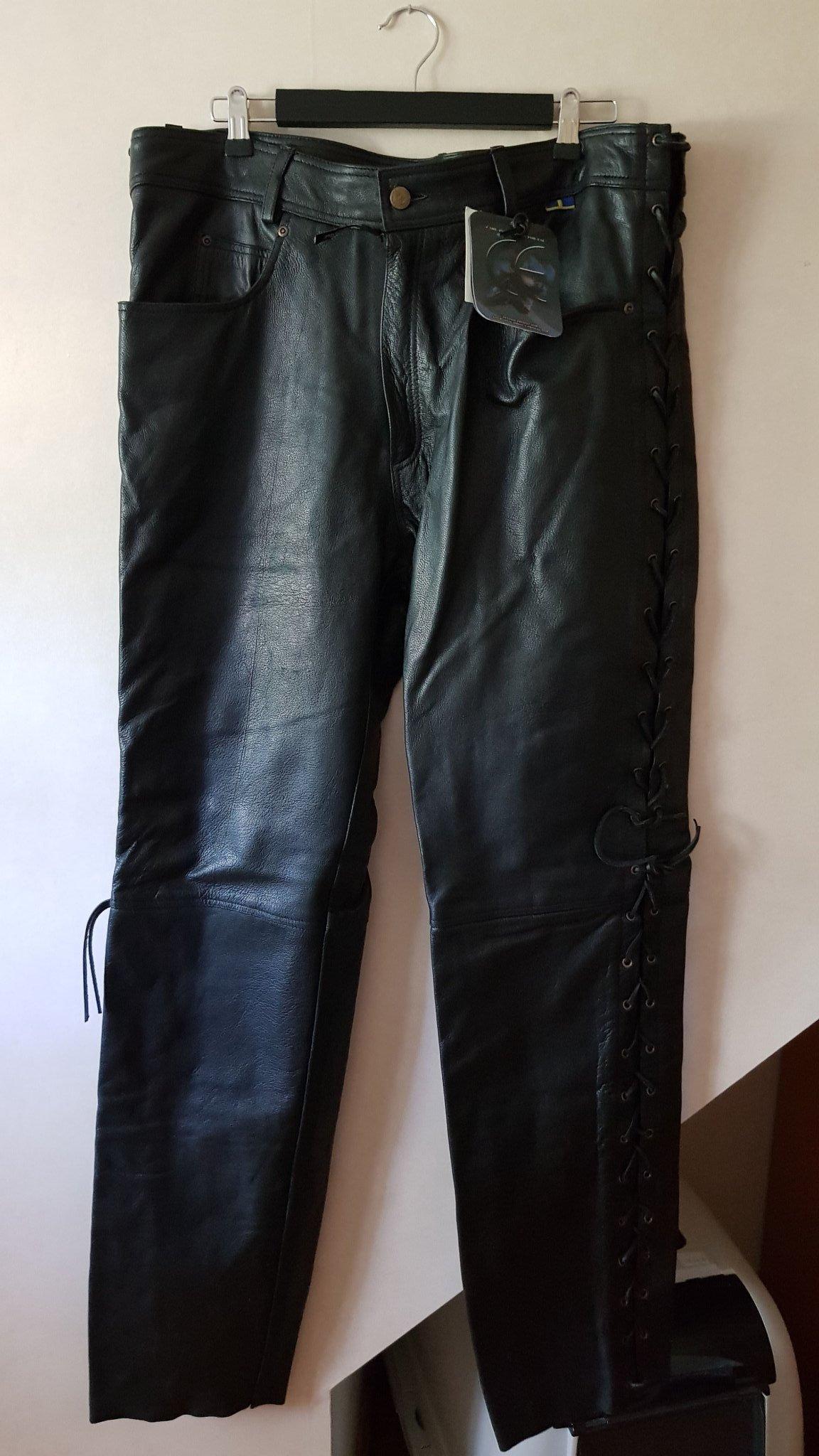 f52dccdc06db Nya svarta skinnbyxor i 40 tum (353607696) ᐈ Köp på Tradera