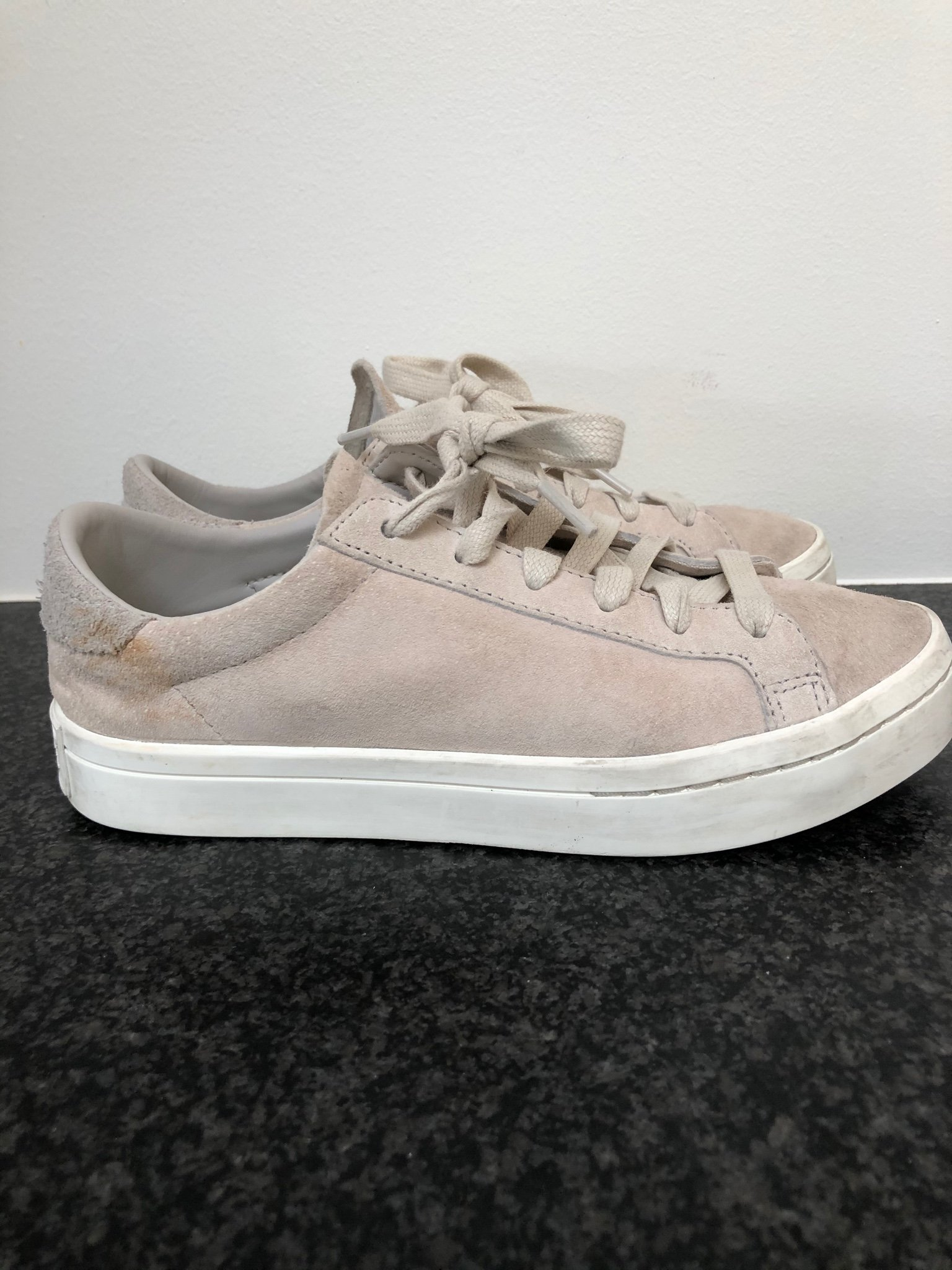Adidas original 36 beiga mocka yttersula 25mm sneakers skor träningsskor 36
